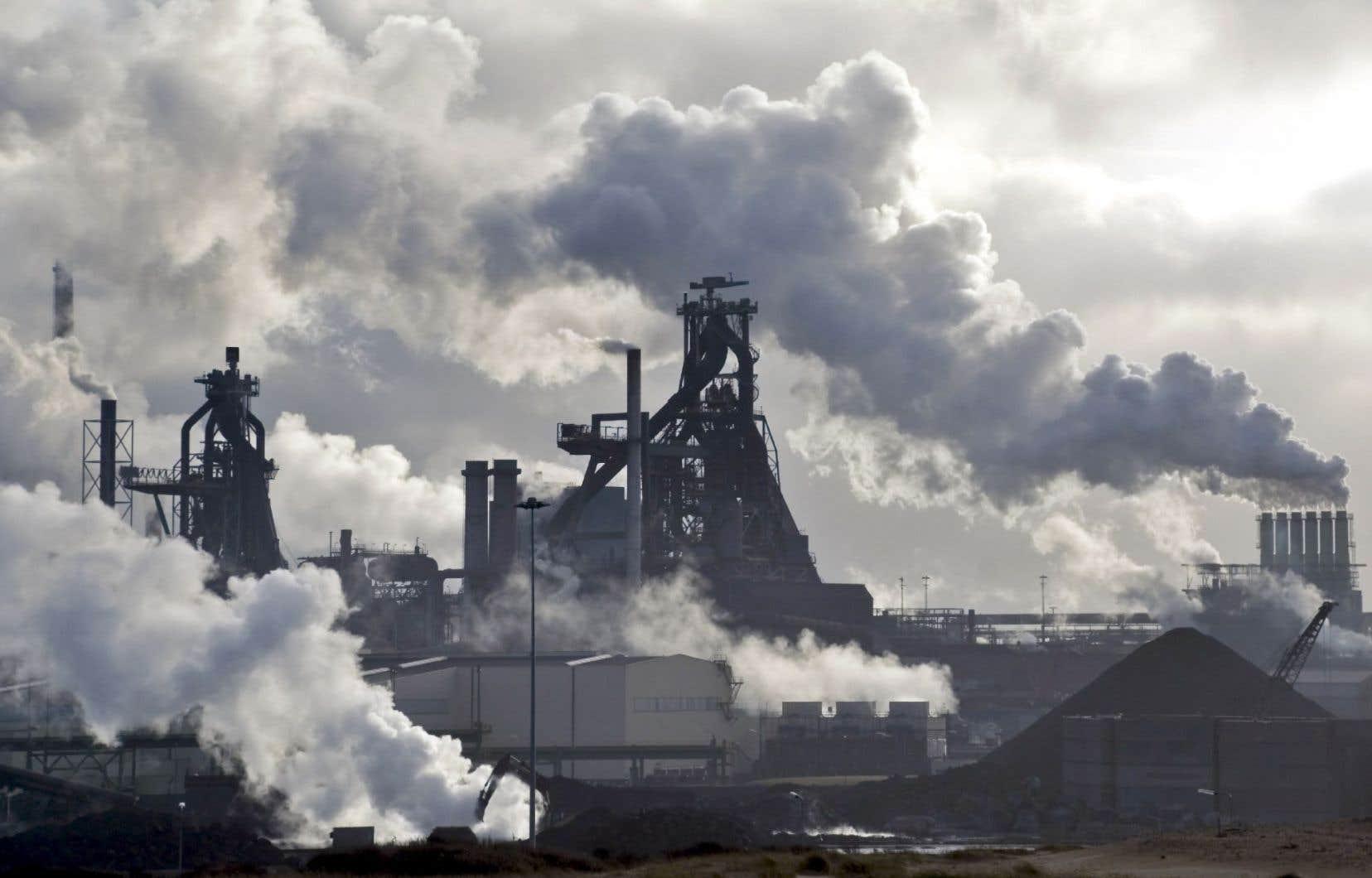L'analyse du risque associé aux investissements dans des entreprises qui émettent des gaz à effet de serre prend de l'ampleur.