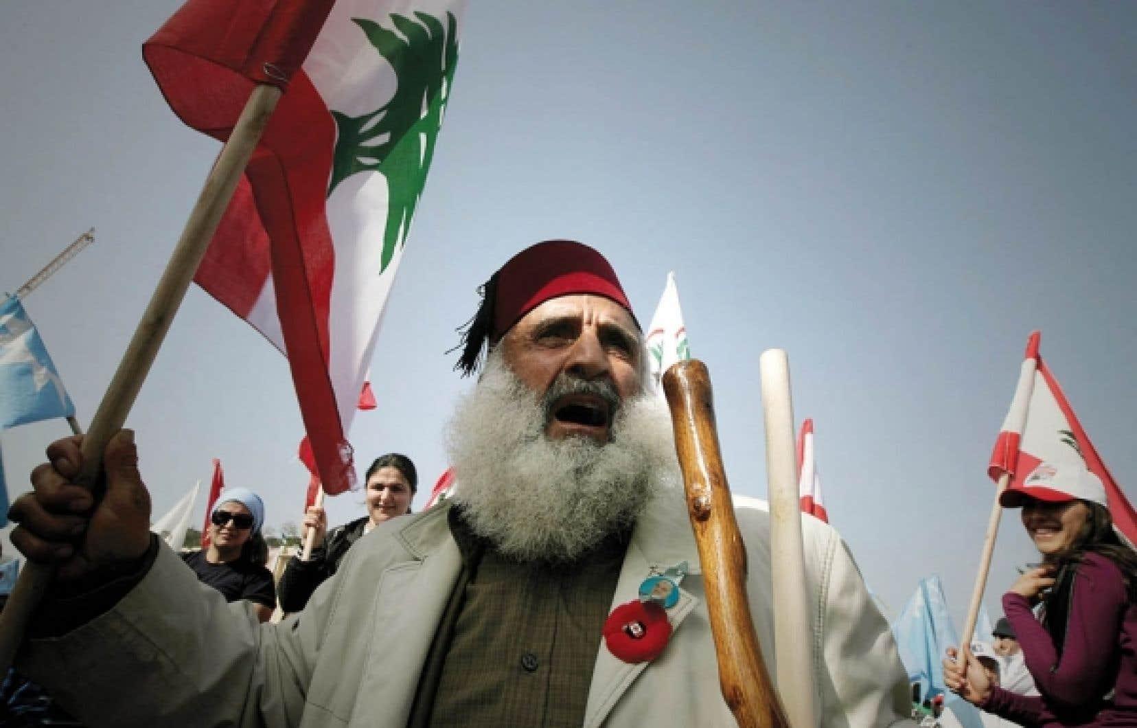 Sur la place des Martyrs, hier à Beyrouth: mobilisation moins importante...