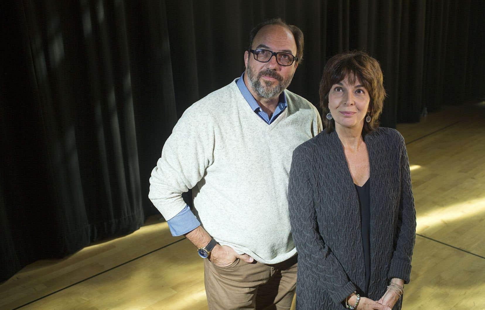 Ça fera bientôt 40ans que ces cousins, Denis et Micheline, foulent toutes les scènes, mais ce sera la première fois que le metteur en scène dirigera l'actrice.
