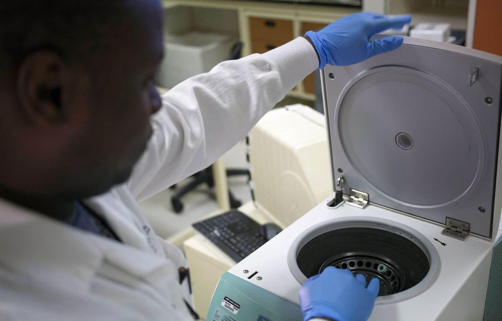 Les laboratoires de Sainte-Justine sont un exemple de précision et de rapidité. Les médecins de l'hôpital pour enfants ont peur que les bénéfices de la recherche pâtissent du transport et des manipulations engendrés par le projet Optilab.