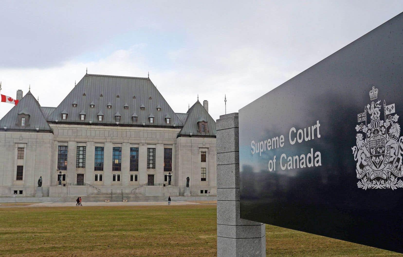 Conservateurs et néodémocrates ont fait front commun, en comité parlementaire lundi, pour dénoncer la nouvelle méthode du gouvernement Trudeau pour choisir son premier magistrat à la Cour suprême.