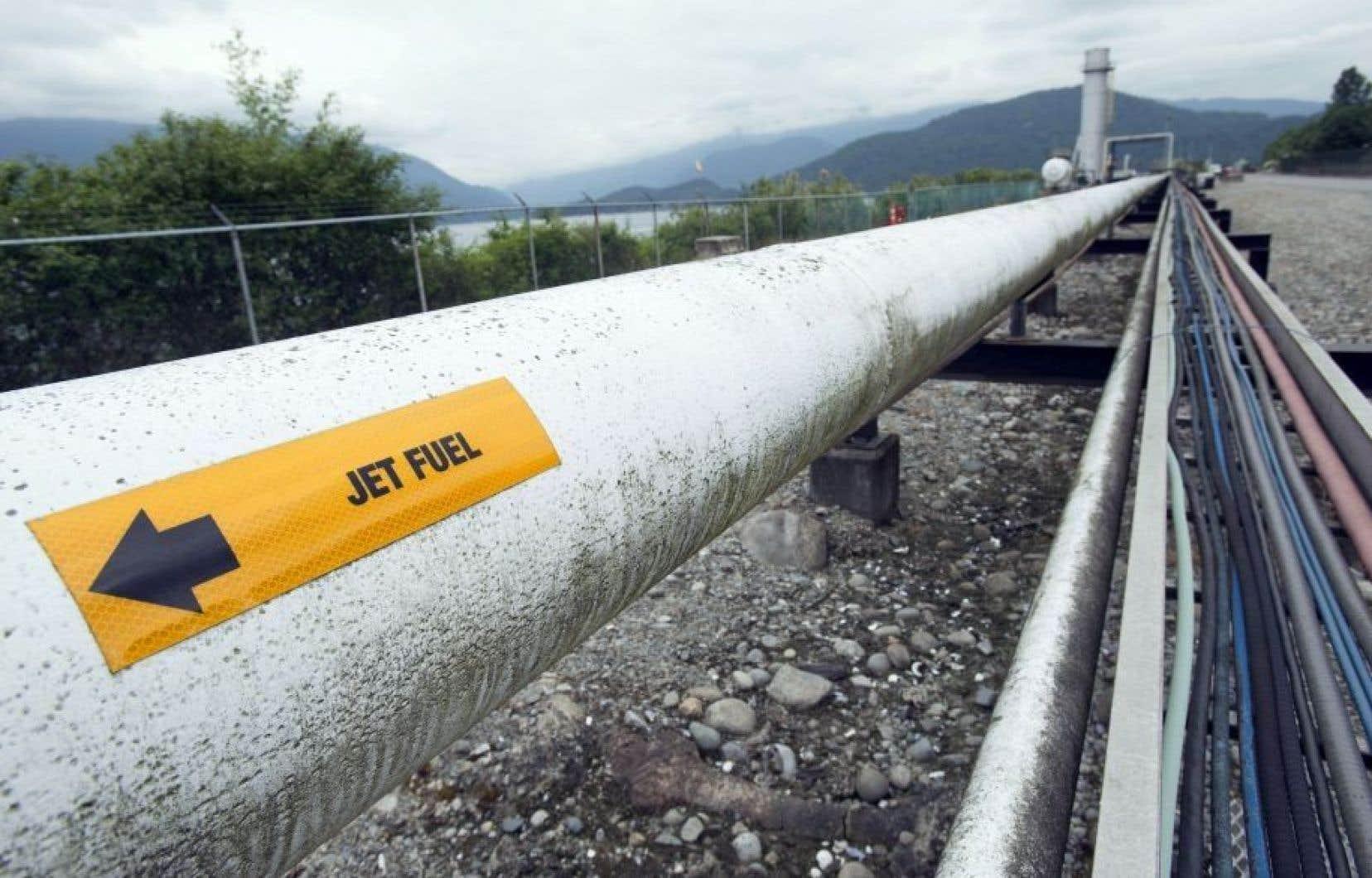 Le pipeline, destiné à l'exportation de pétrole des sables bitumineux, doit aboutir dans la région de Vancouver.