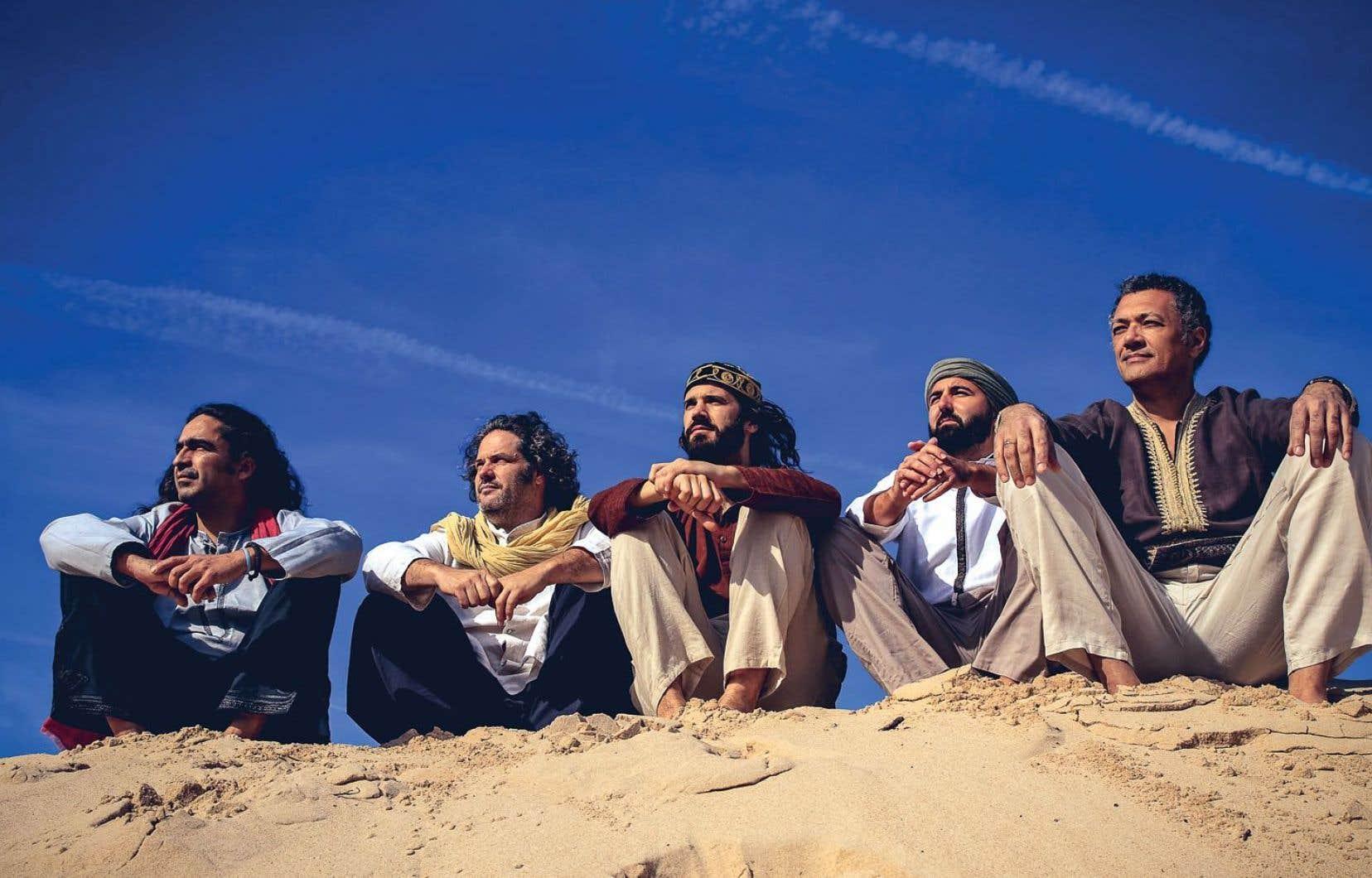 La Banda Morisca s'inspire de tous les courants musicaux qui ont traversé la région qui séparait, au Moyen-Âge, le royaume arabo-andalou de Grenade des royaumes chrétiens d'Aragon et de Castille.