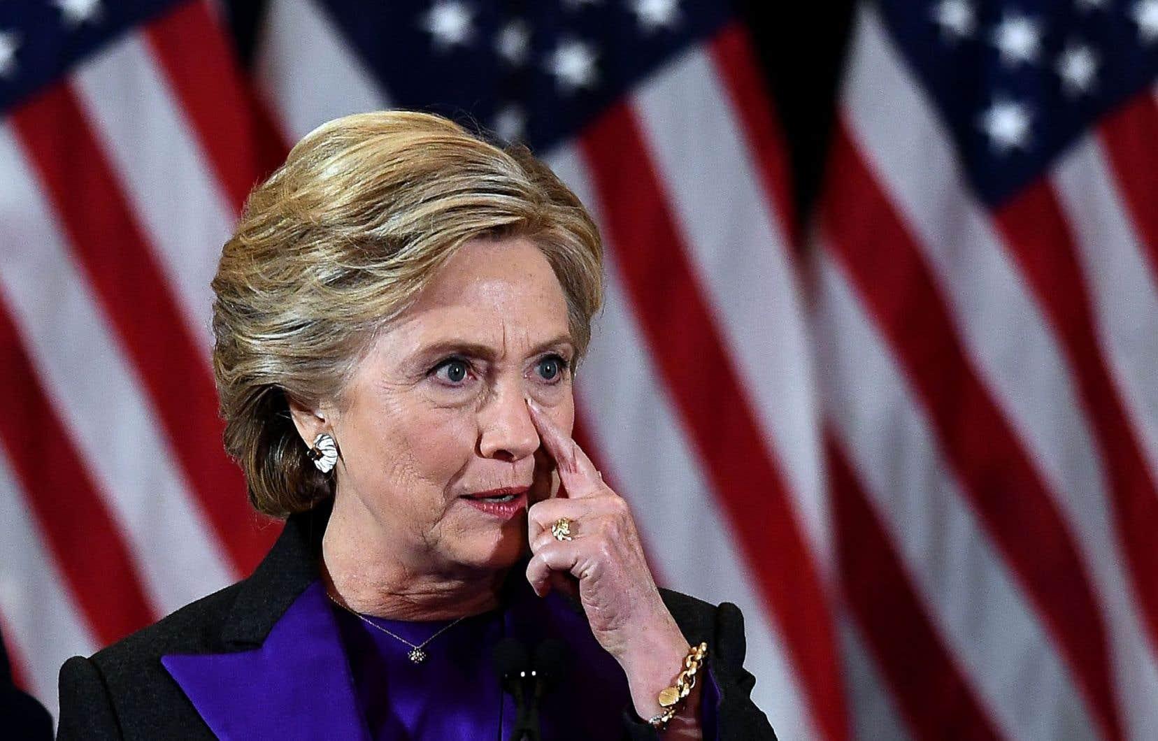 Hillary Clinton a prononcé son discours de défaite, mercredi en fin de matinée, après une soirée et une nuit éprouvantes.