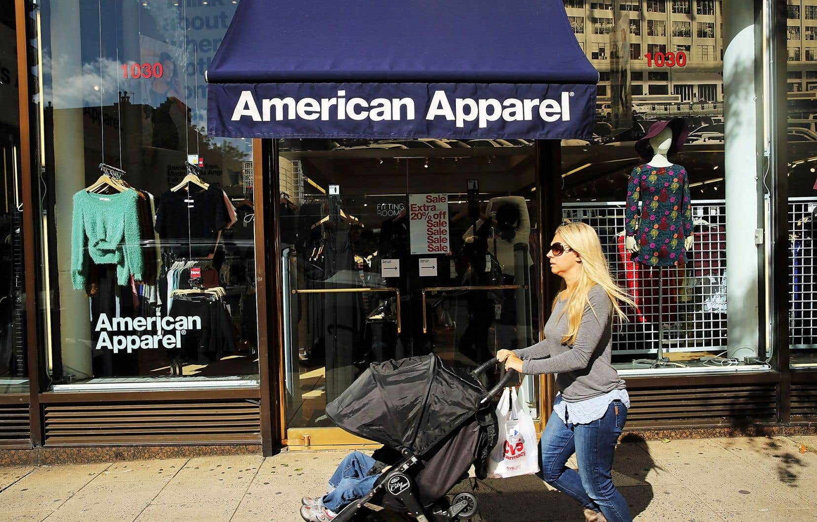 Dans le cadre de sa proposition, Gildan mettrait la main sur les baux de deux usines californiennes et un centre de distribution, mais n'achèterait aucun magasin d'American Apparel, comme celui de New York.