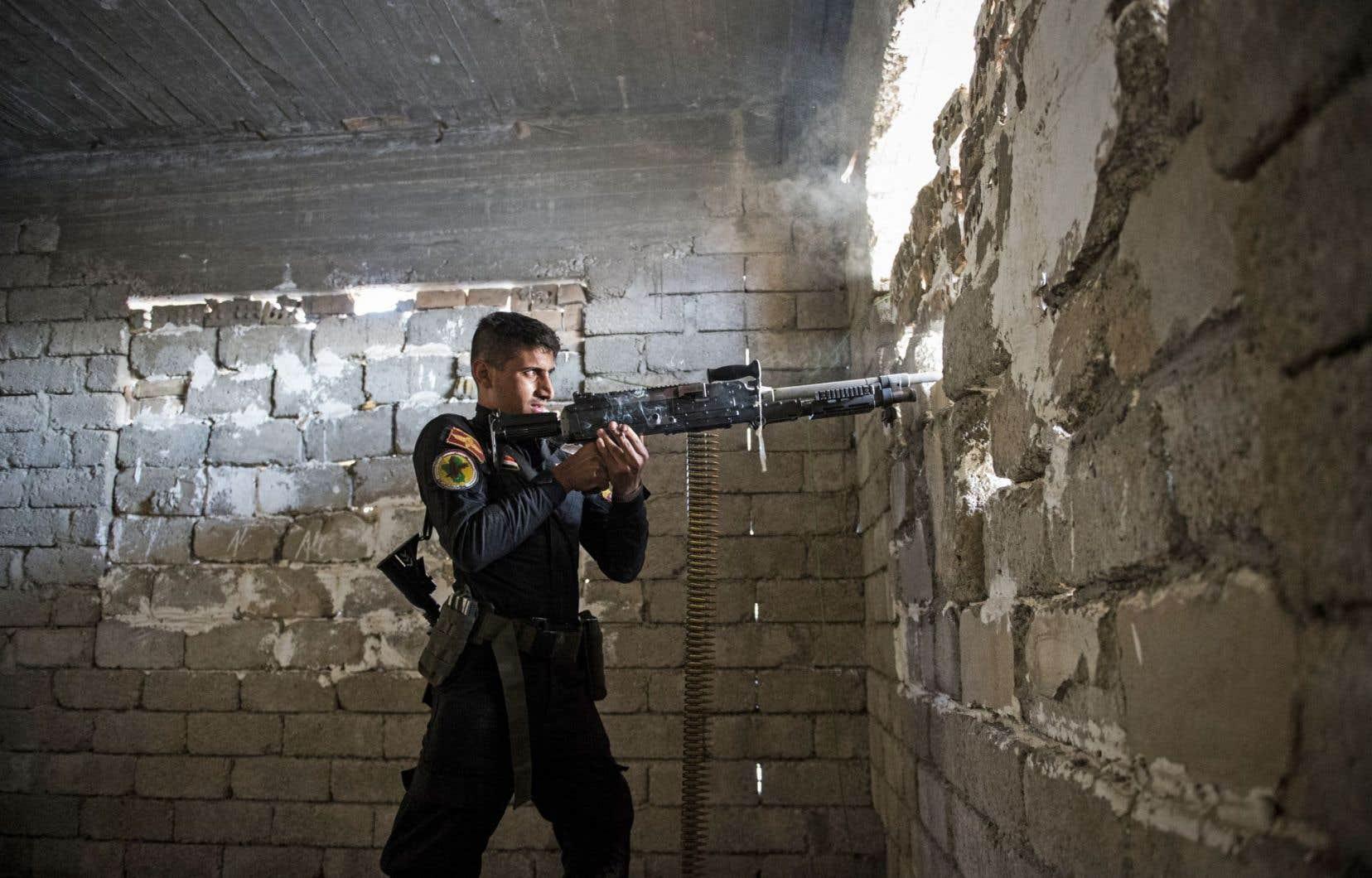 Les forces irakiennes ont lancé leur offensive le 17octobre pour chasser les djihadistes de Mossoul, deuxième ville de l'Irak dont ils se sont emparés en juin2014.