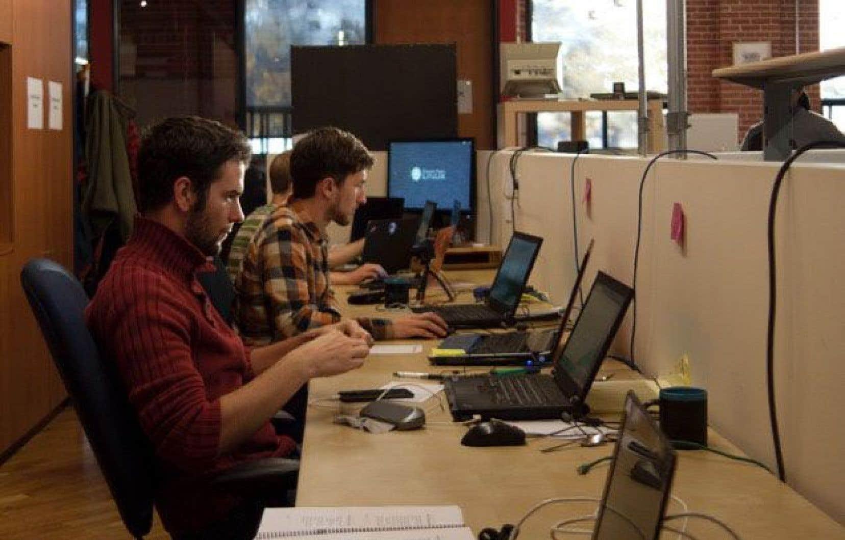 Environnement de travail chez Savoir-faire Linux, un leader en technologie ouverte au Canada