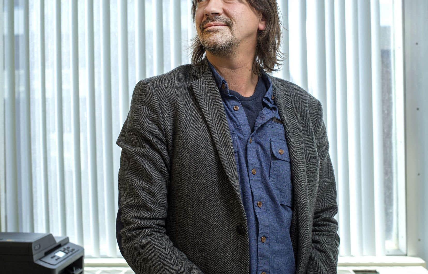 Pour Maxime Ouellet, professeur à l'École des médias de l'UQAM, «le capitalisme cybernétique» risque de déshumaniser la vie sociale de façon «tyrannique».