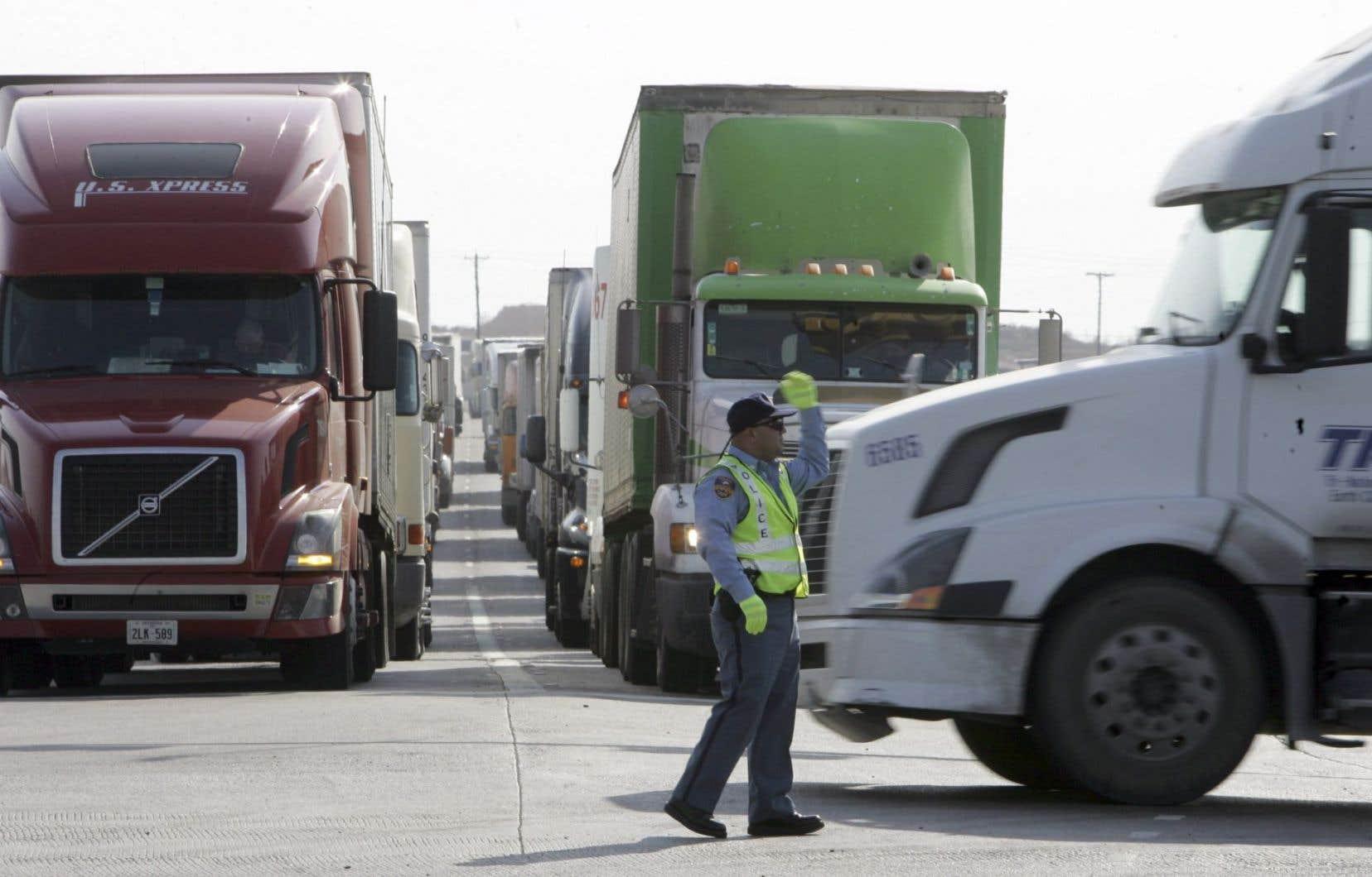 «L'abandon pur et simple du libre-échange entre le Canada et les États-Unis est difficile à envisager», analyse Marcelin Joanis.