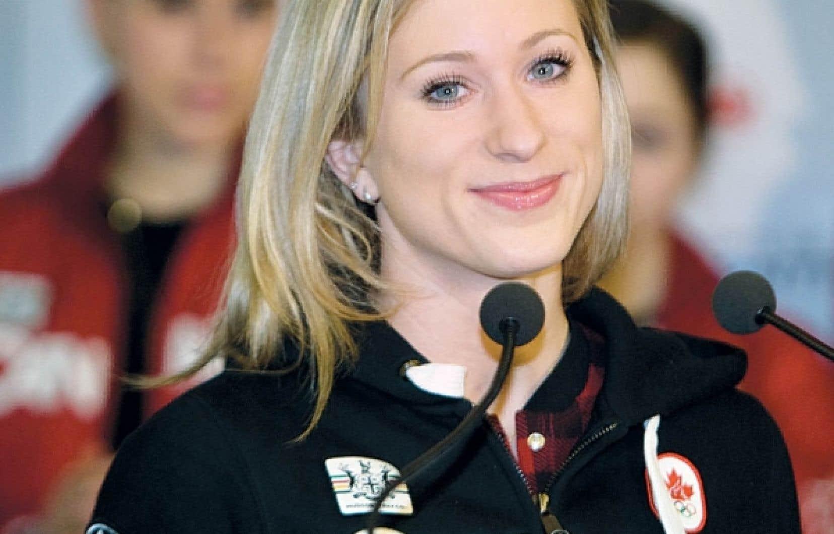 La patineuse Joannie Rochette a réitéré sa fierté d'être la première Québécoise à remporter une médaille individuelle en patinage artistique.