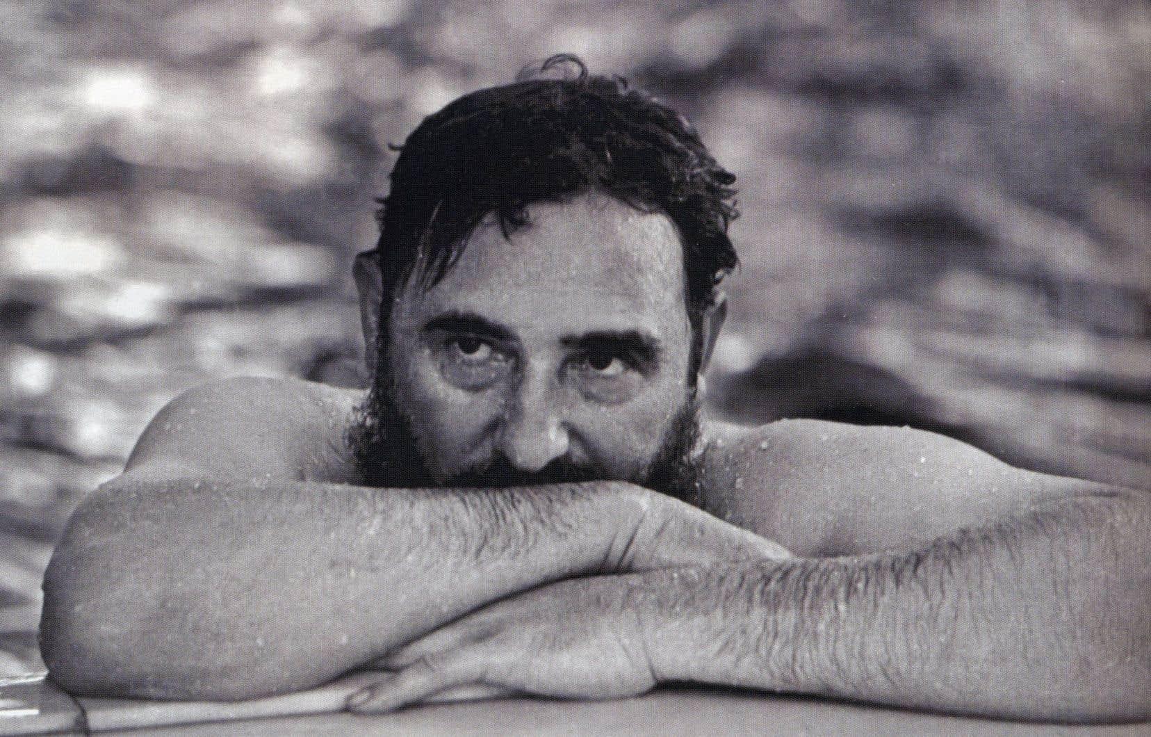 Moment de détente en pleine guerre froide. Fidel Castro «réfléchit sans doute aux conséquences de l'embargo américain», écrivent les auteurs.