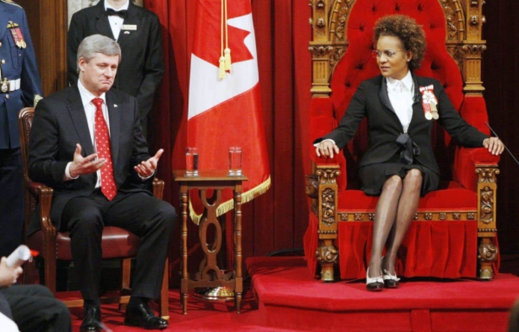 Stephen Harper et la gouverneure générale Michaëlle Jean au Sénat hier.