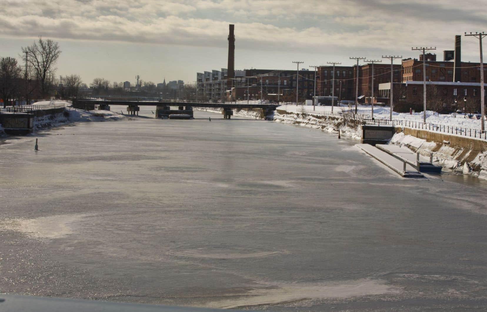 Le Sud-Ouest a octroyé un contrat pour la mise en lumière des ponts et passerelles enjambant le canal de Lachine.