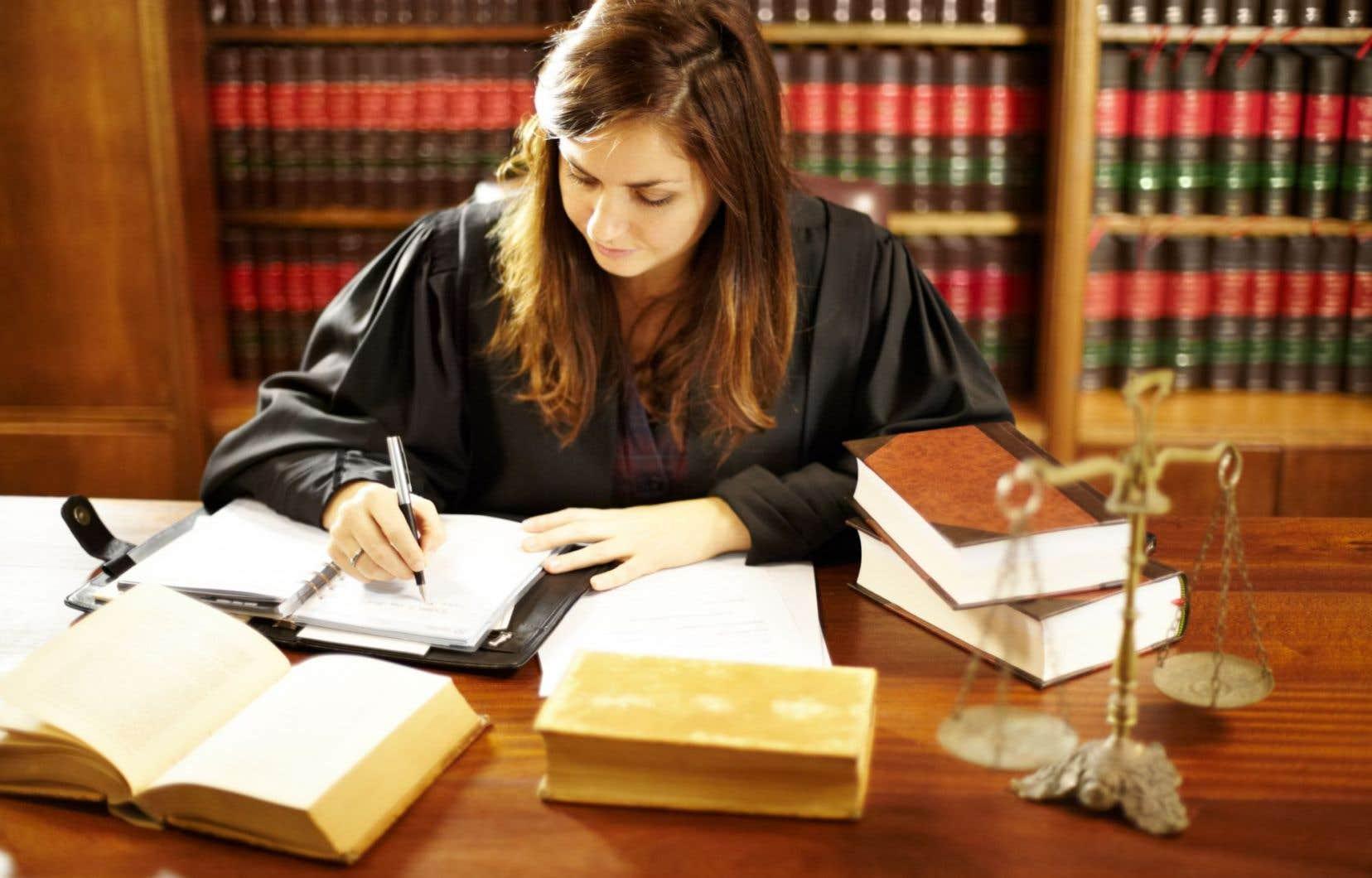 «Ce que réclame l'Association des juristes, c'est d'être respectée», souligne l'auteur.