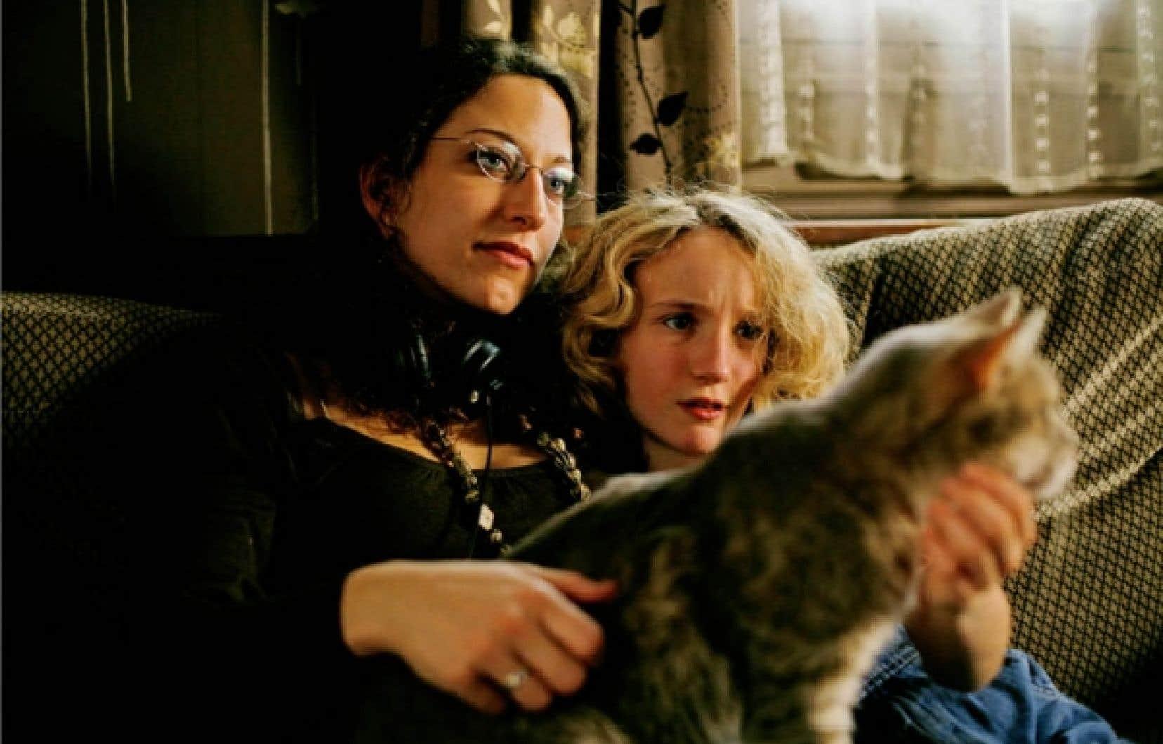 La cinéaste Mona Achache et la jeune Garance Le Guillermic