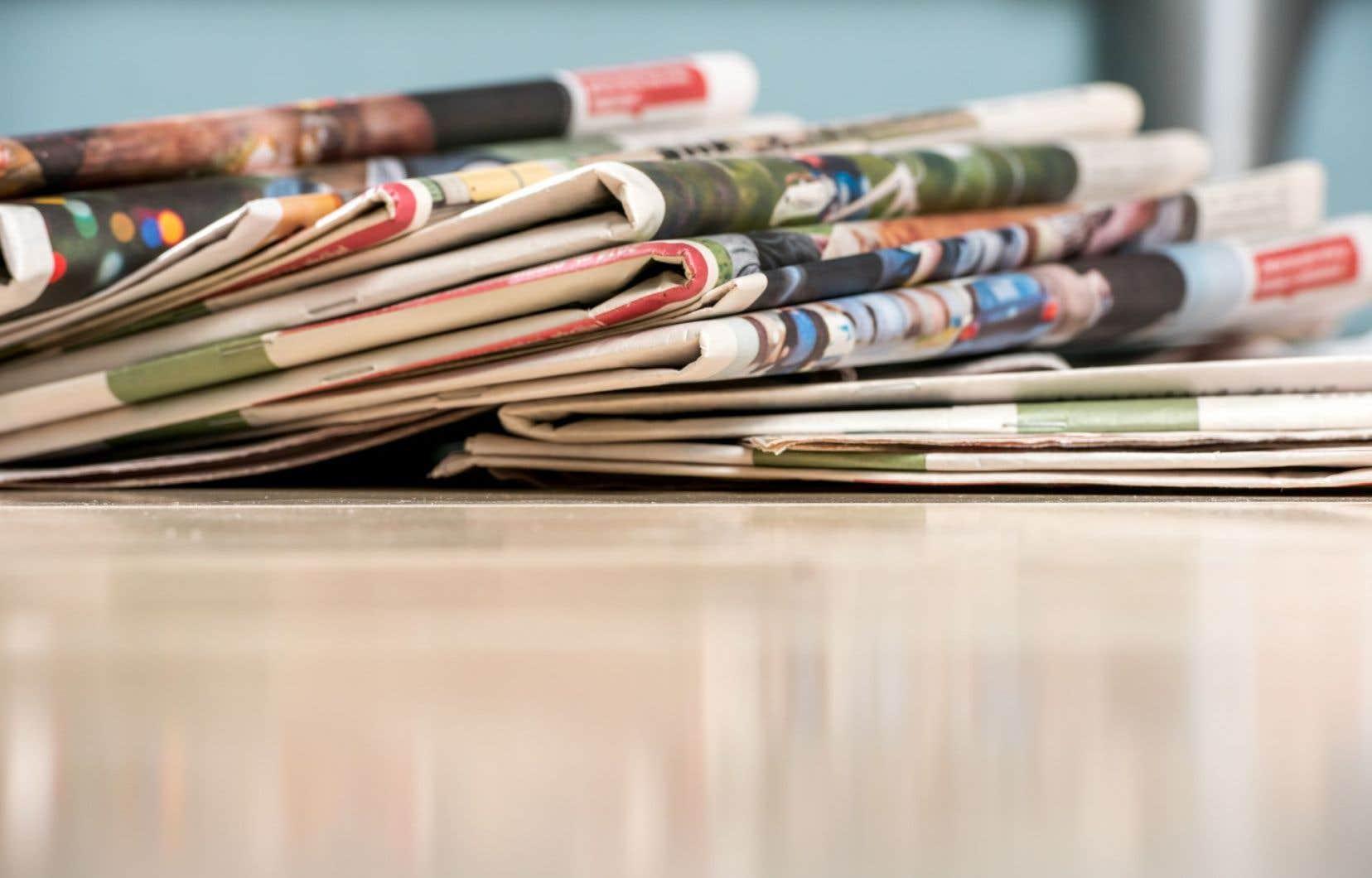 La perte du revenu des avis publics inquète les entreprises de presse.