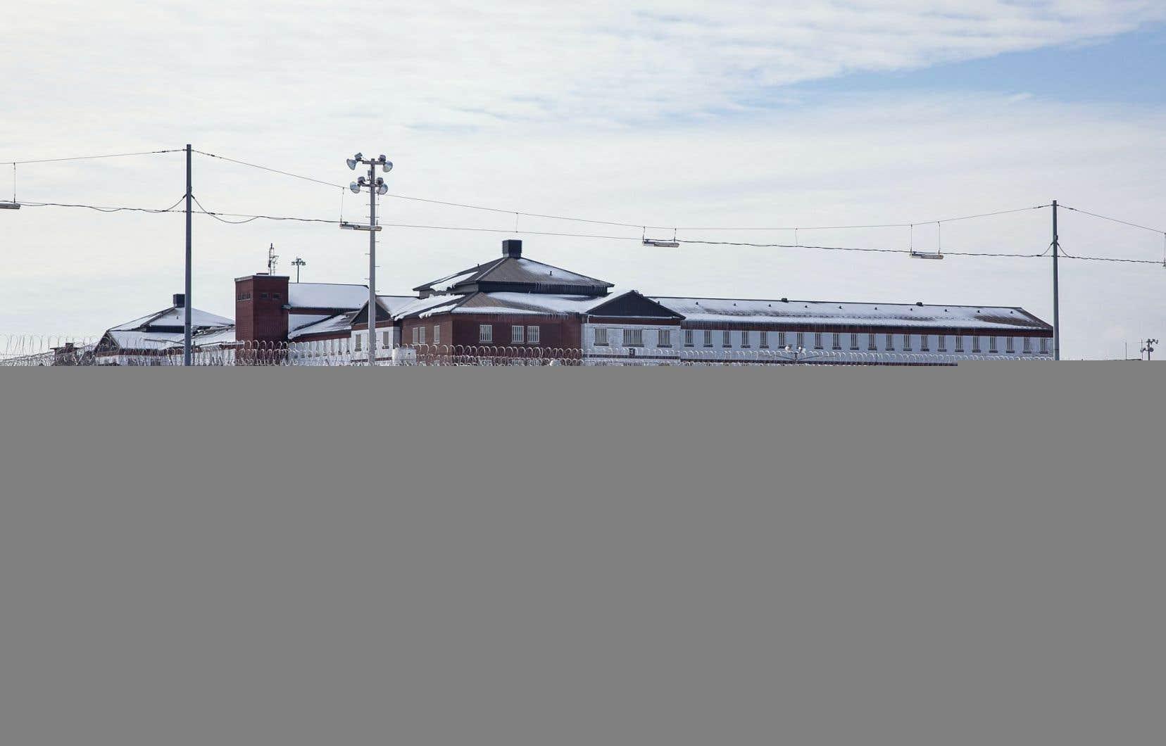 L'établissement Leclerc, une ancienne prison fédérale, héberge aujourd'hui des hommes et des femmes.