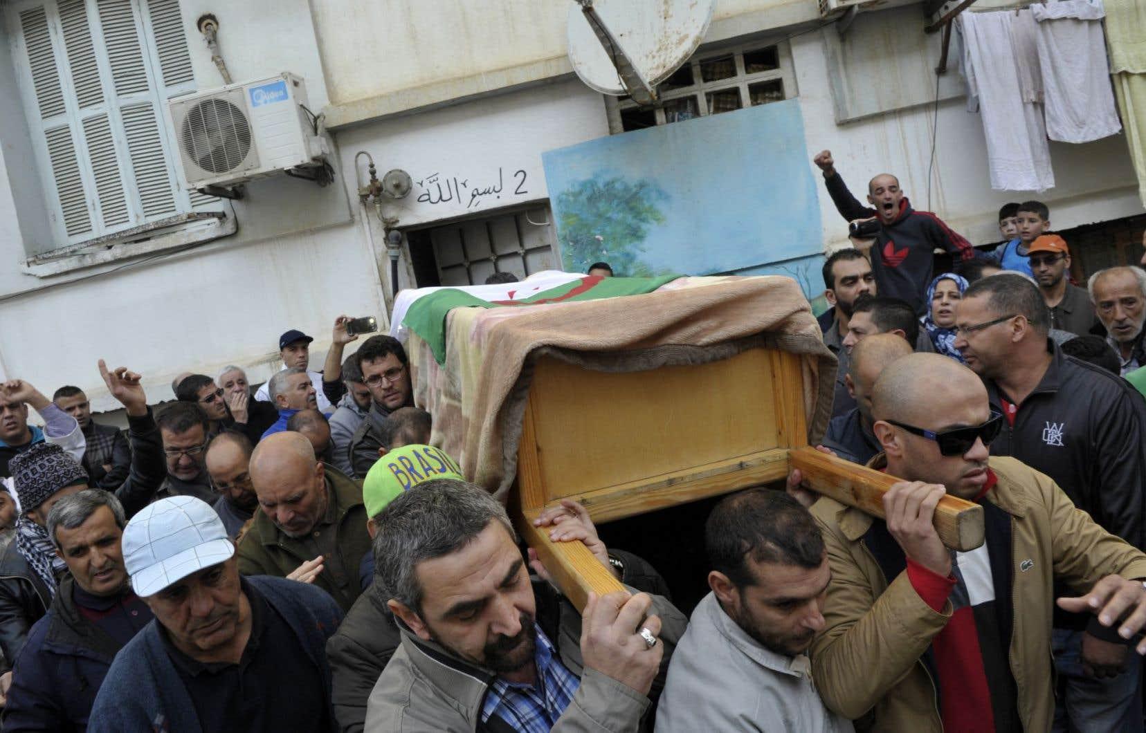 Mohamed Tamalt serait décédé des suites d'une grève de la faim mal gérée par les systèmes de justice et politique algériens.