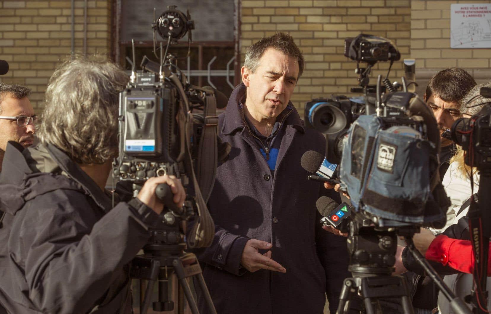 Membre de la Commission de la sécurité publique sur l'espionnage de journalistes par le Service de police de la Ville de Montréal,Alex Norris a remis un rapport dissident.