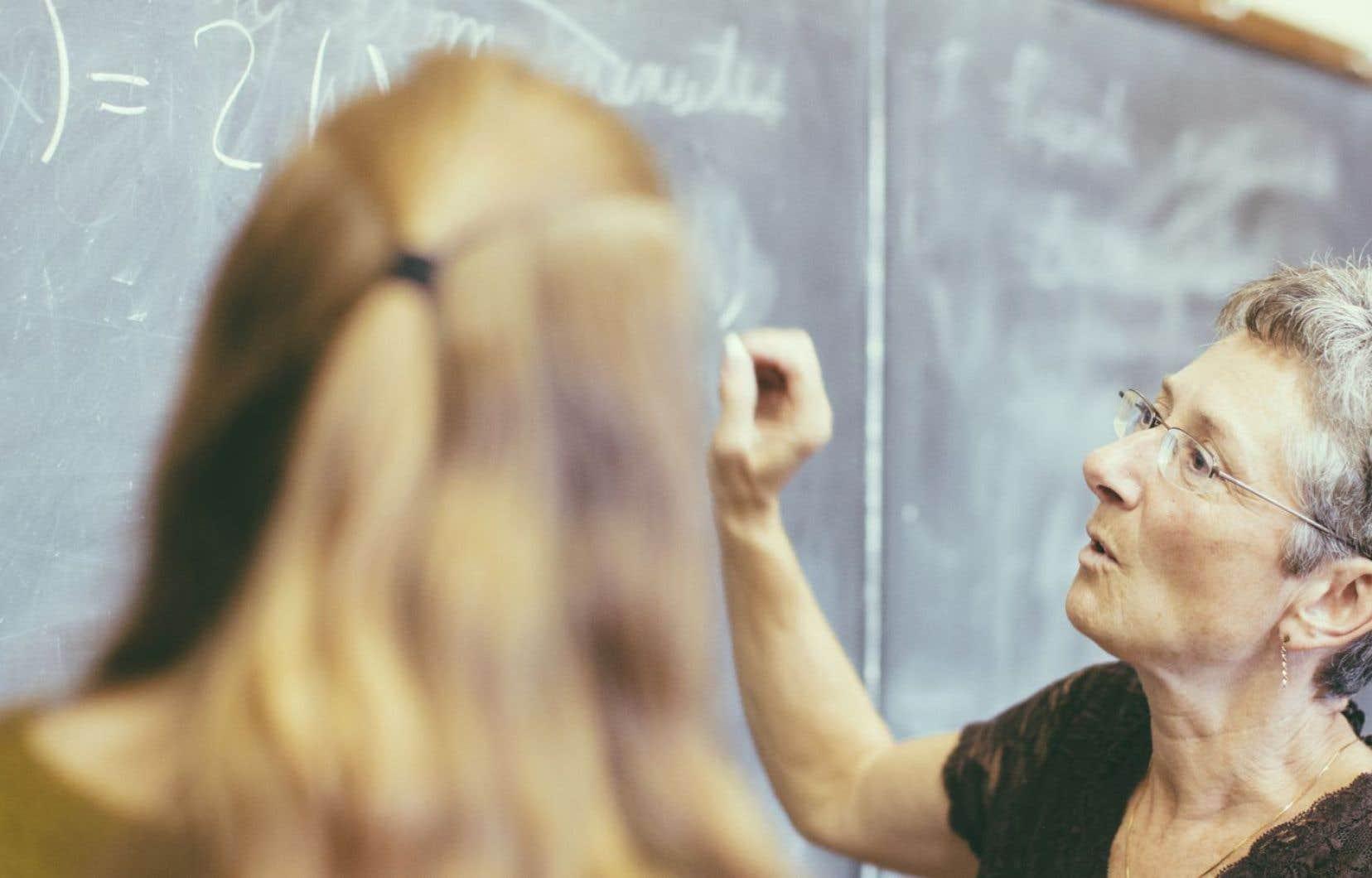 La pratique basée sur les données probantes véhicule une vision particulière du mode de régulation des métiers de l'éducation.