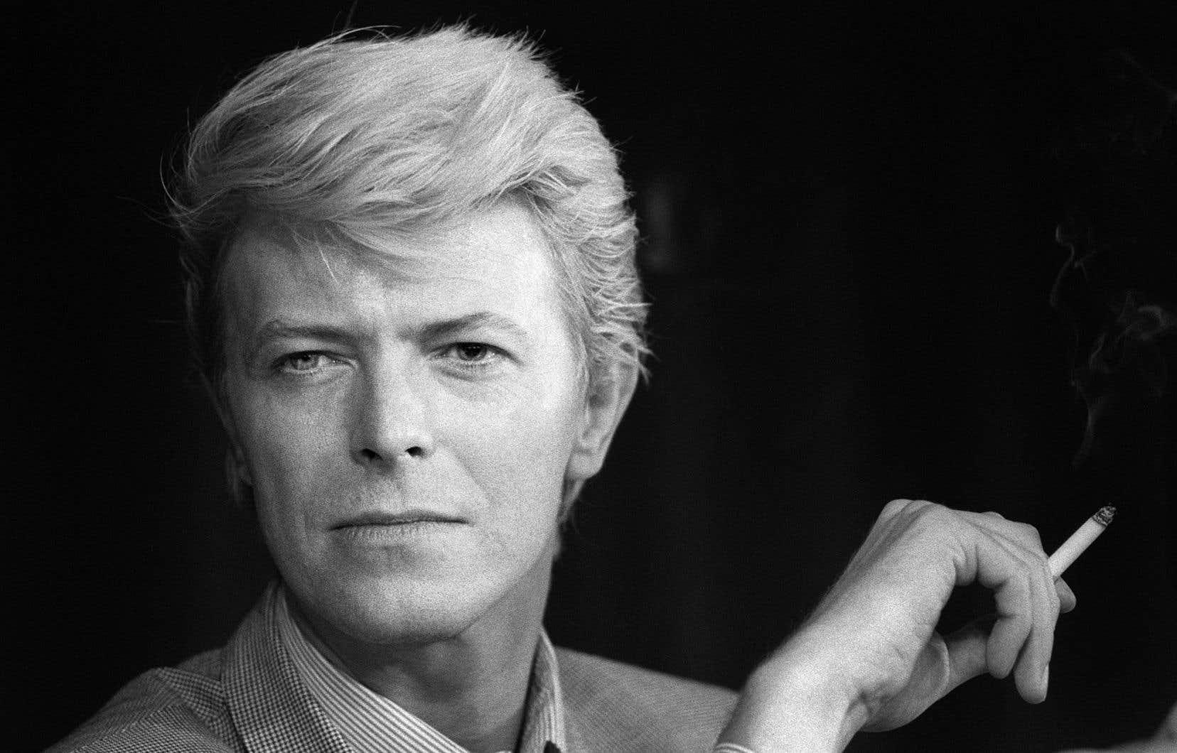 David Bowie en mai 1983 au Festival de Cannes pour présenter le film<em>Furyo (Merry christmas Mr. Lawrence)</em>, où il jouait le rôle principal.