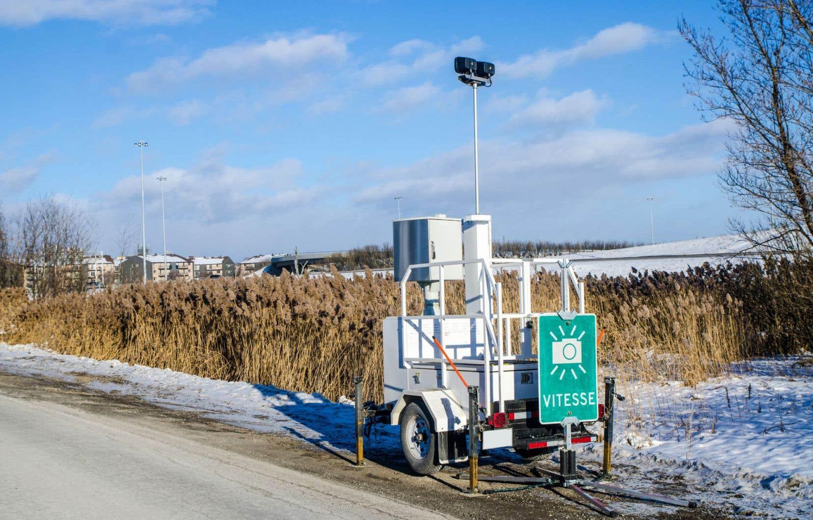 Le 28 novembre, le juge Cimon a annulé une contravention de 1160 $ qui avait été remise à une automobiliste en vertu de données captées par un radar photo.