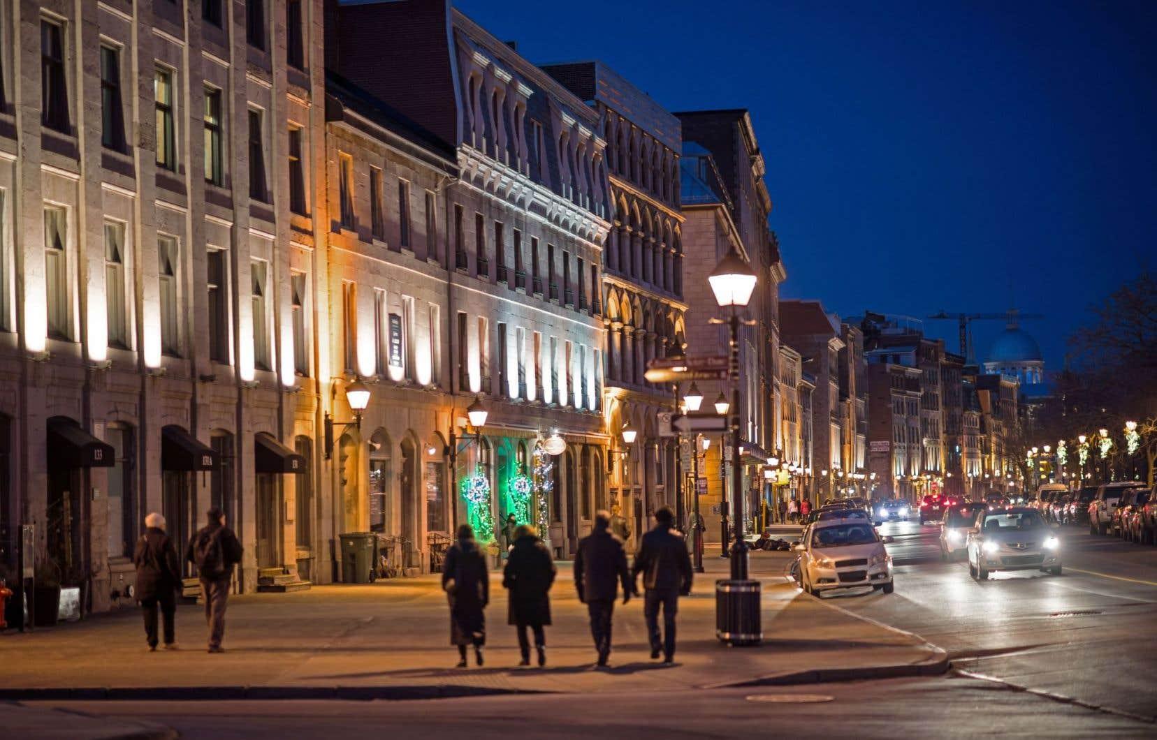 Peut-on imaginer le Vieux-Montréal baigné demain dans une ambiance de néons des années 1970 avec une teinte froide et bleuâtre?