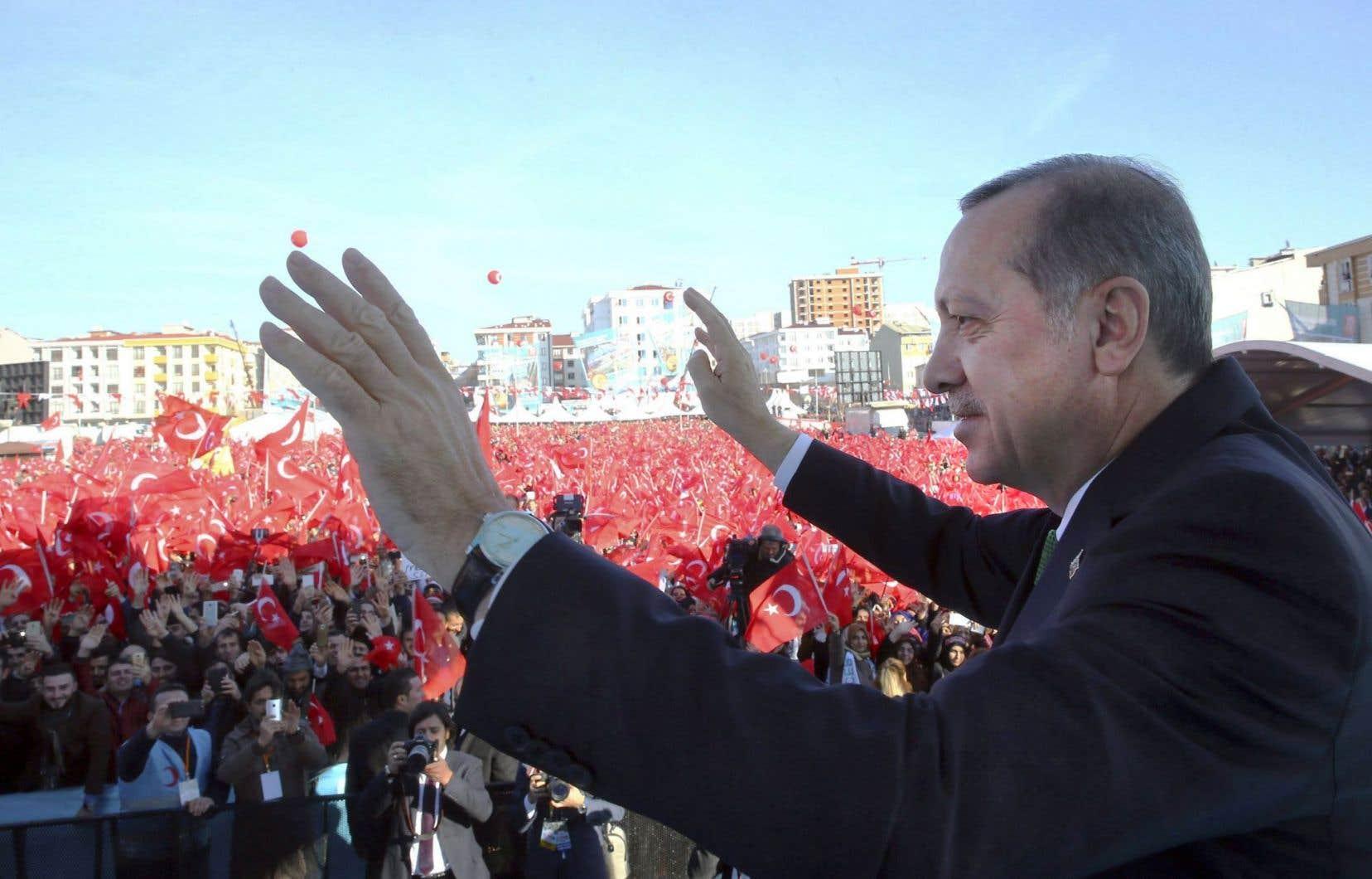 Le président turc, Recep Tayyip Erdogan, lors d'un rassemblement à Istanbul le 10décembre dernier