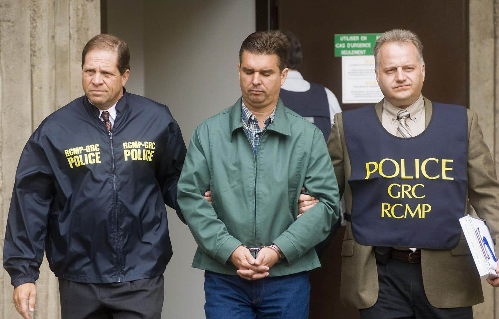 Vincent Lacroix, ex-PDG de Norbourg, lors de sa sortie de la Cour supérieure, en juin 2008