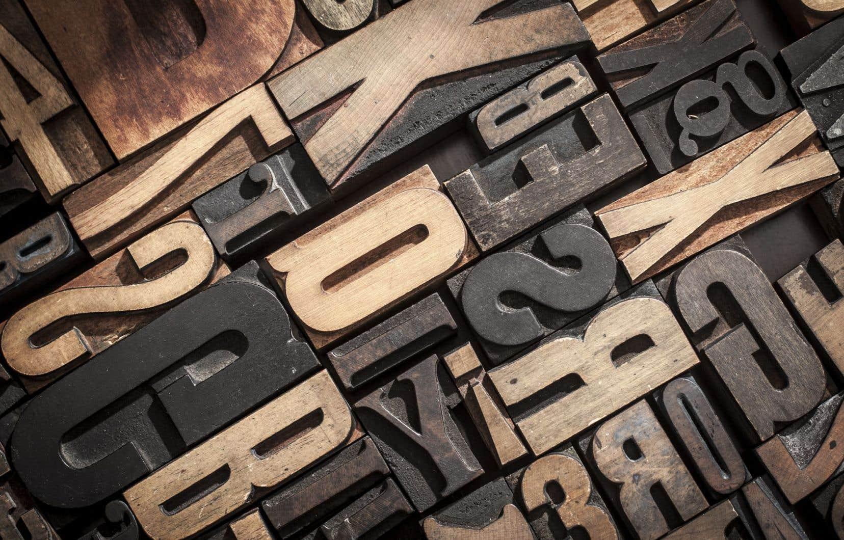 «Les préfixes et les suffixes n'aident aucunement à comprendre une période, un événement, un phénomène ou une réalité», soutiennent les auteurs.