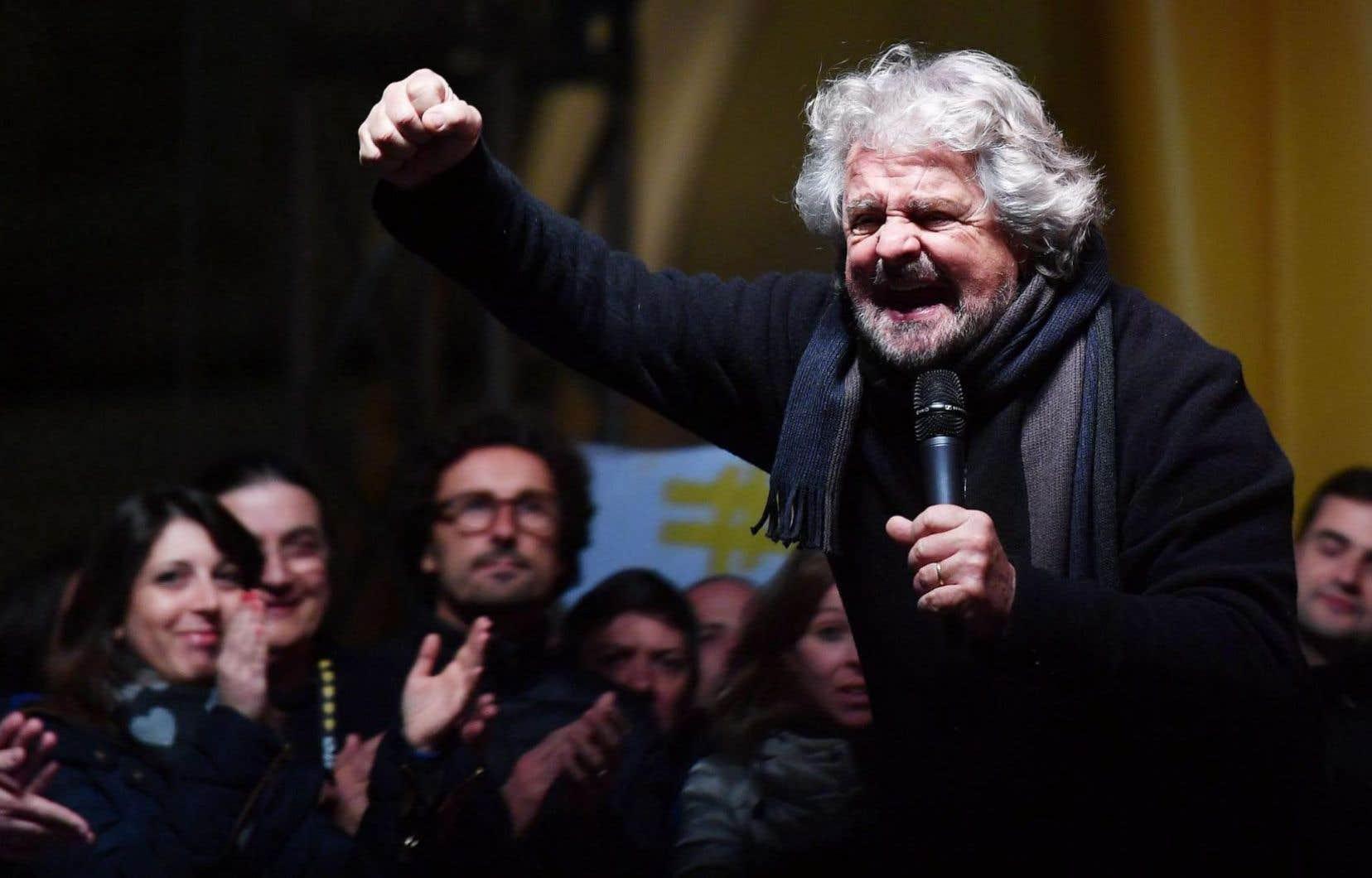 Le chef de file du Mouvement Cinq étoiles (M5S), l'ex-comique italien Beppe Grillo