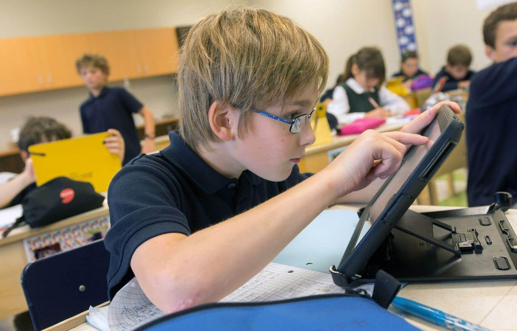 Les Québécois «sont parmi les meilleurs [au Canada]. La réforme pédagogique de 1999 y est sans doute pour beaucoup, puisque l'intégration de la technologie était l'un des piliers identifiés dans cette réforme», affirme M.Canuel