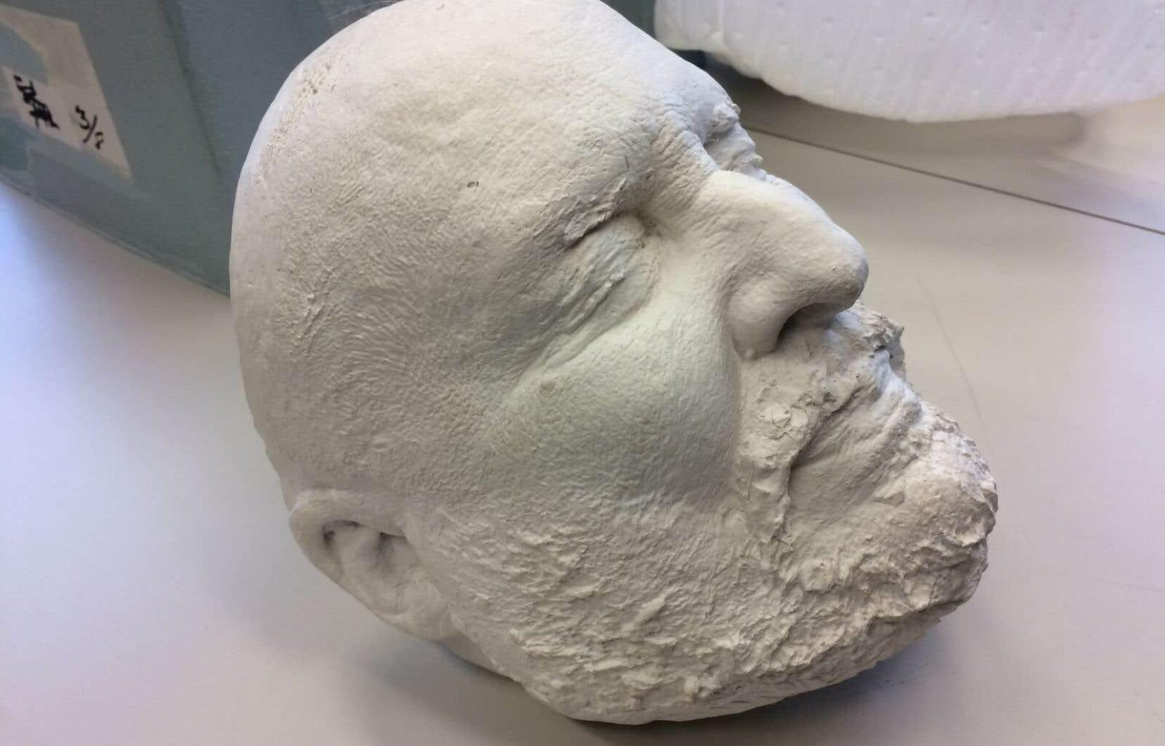La barbe fleurie d'Henri Bourassa a représenté un défi de taille à immortaliser, souligne Pierre Petrucci.