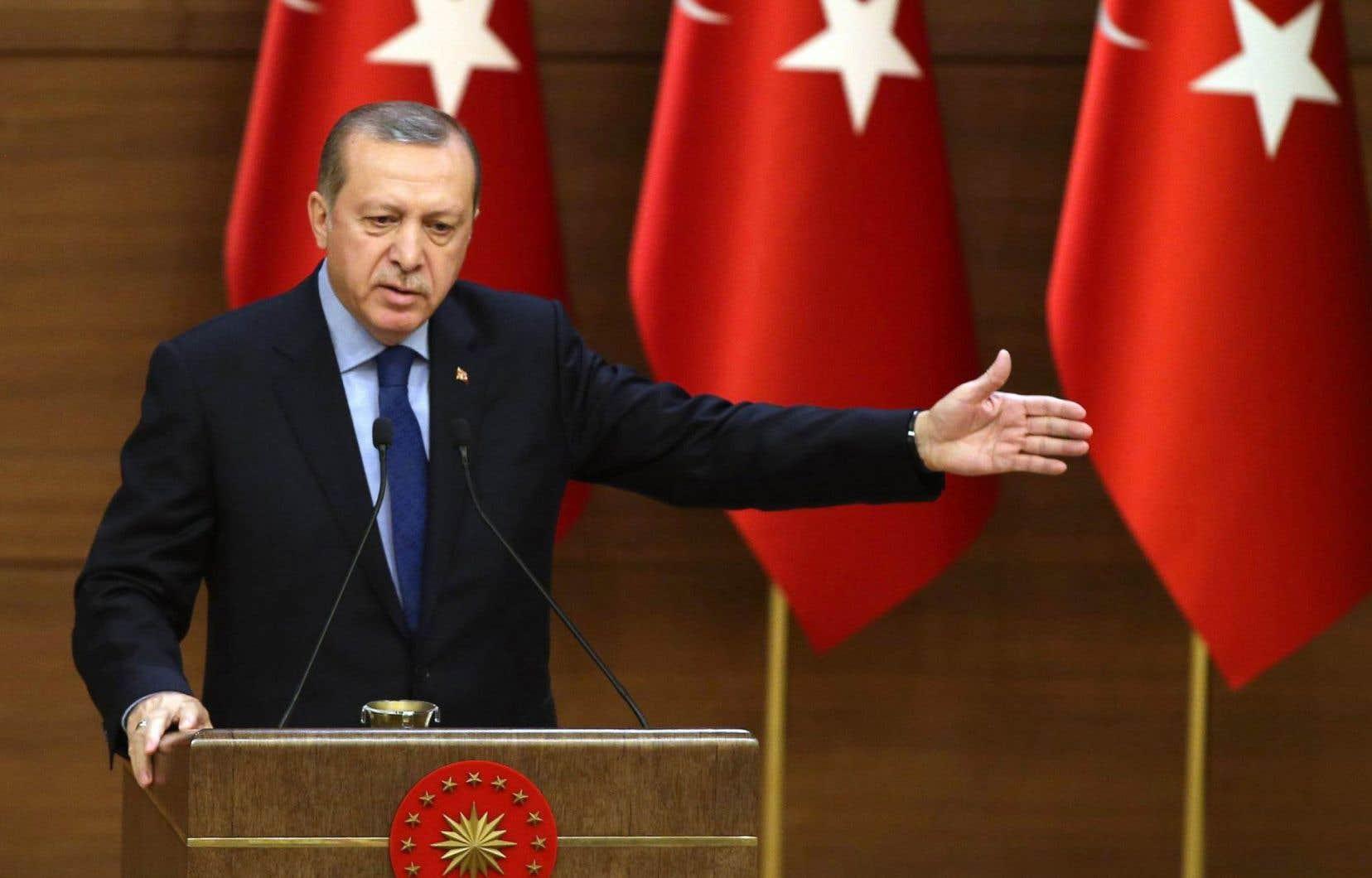 Le renforcement des prérogatives de M.Erdogan inquiète ses opposants, qui l'accusent de dérive autoritaire.