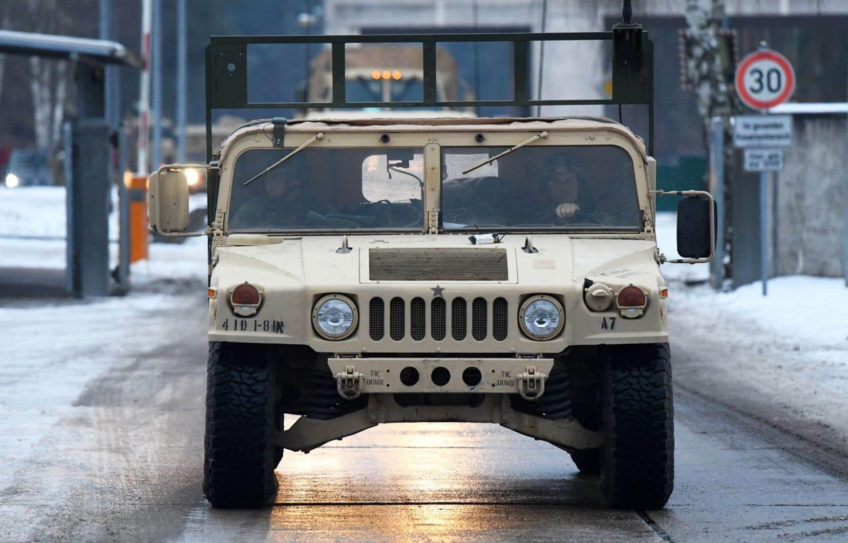 Le convoi fait partie du premier transport de soldats américains et de matériel militaire lourd, arrivé en Europe orientale dans le cadre de l'opération «Atlantic Resolve».