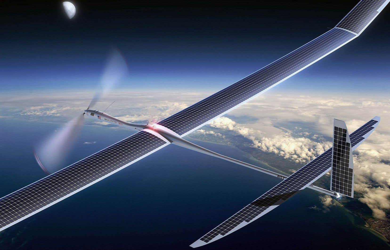 Vue d'un drone équipé de capteurs solaires pour connecter à Internet les régions les plus reculées du monde