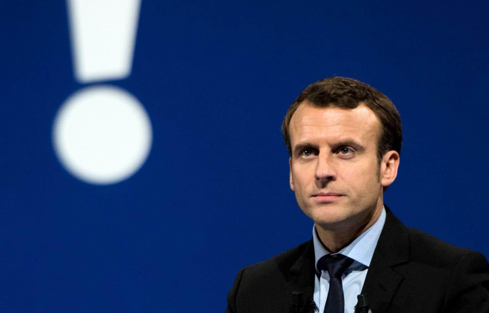 Le candidat à la primaire de la gauche française Emmanuel Macron