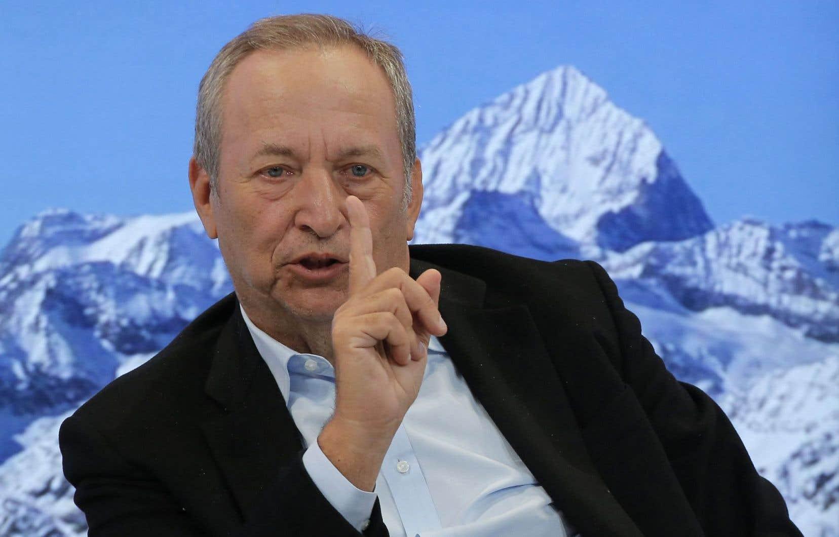 «C'est une erreur de ne pas reconnaître que la classe moyenne dans mon pays et dans d'autres est préoccupée par le fait que le gouvernement ne se bat pas pour elle», a déclaré l'ancien secrétaire au Trésor américain Lawrence Summers.