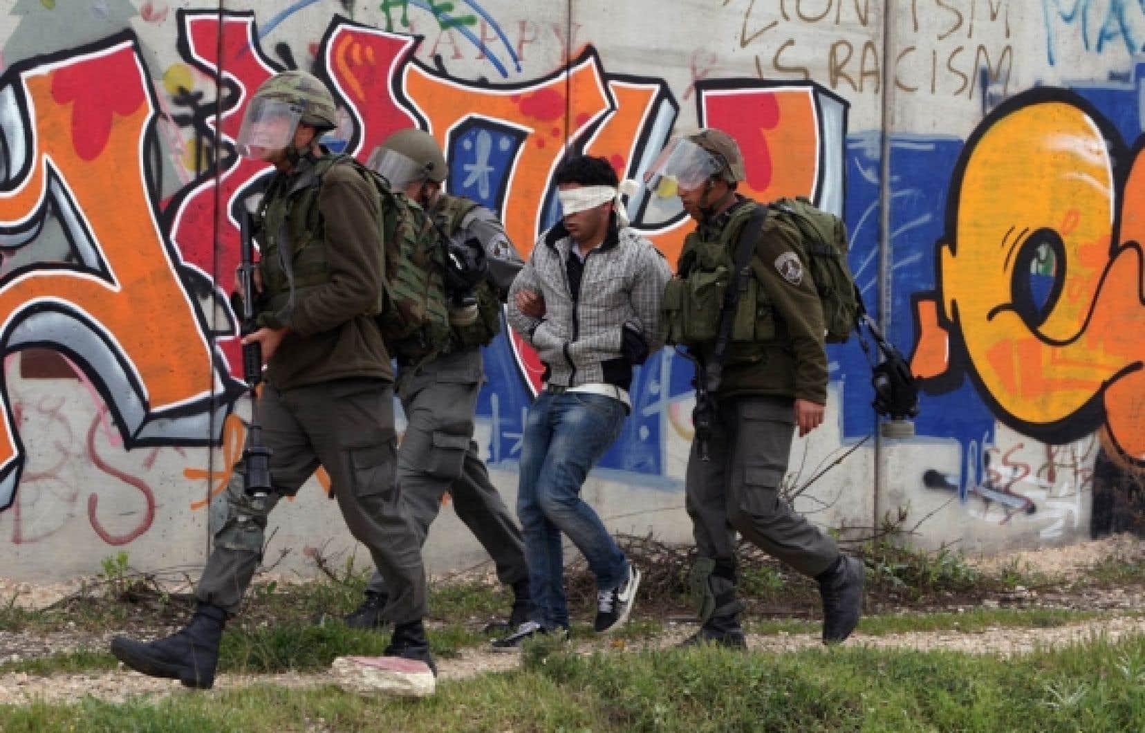 Arrestation par Tsahal d'un jeune Palestinien près de Jérusalem