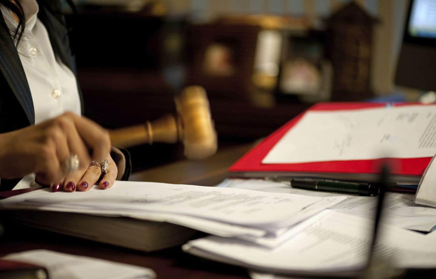 Au total, Ottawa a la responsabilité de combler 1122 postes de juges à travers le pays. À l'heure actuelle, 57 de ces postes sont vacants.