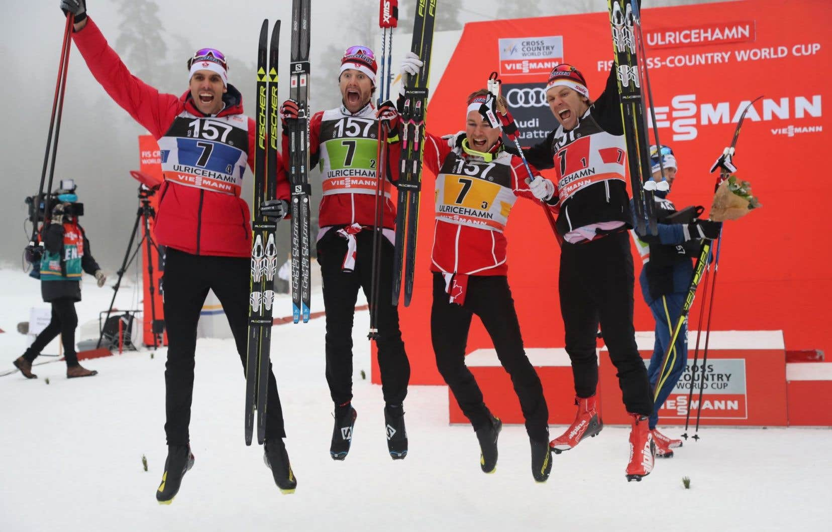 L'équipe canadienne:Len Valjas, Alex Harvey, Knute Johnsgaard et Devon Kershaw