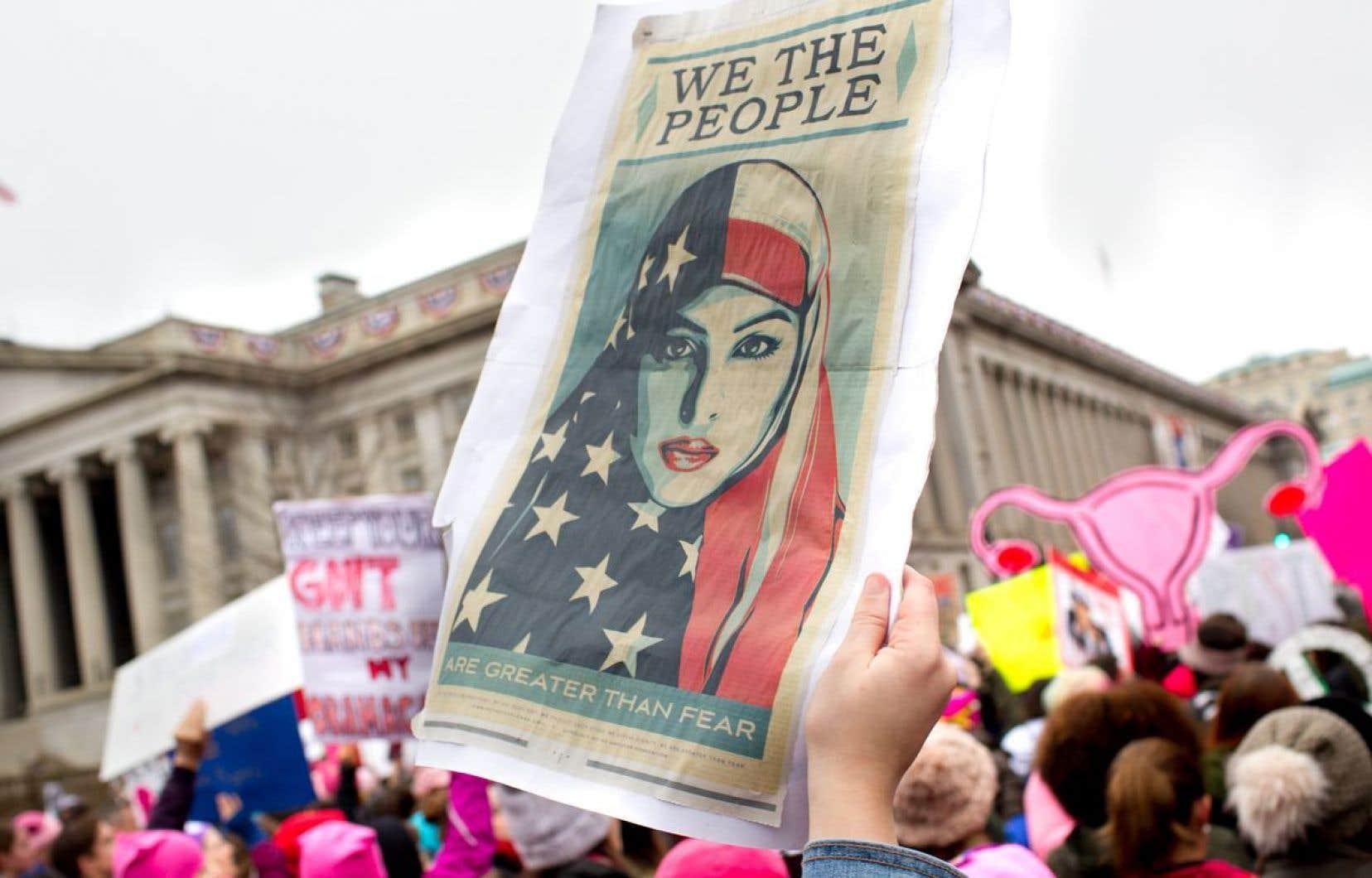 La Marche des femmes a attiré des centaines de milliers de personnes samedi à Washington.