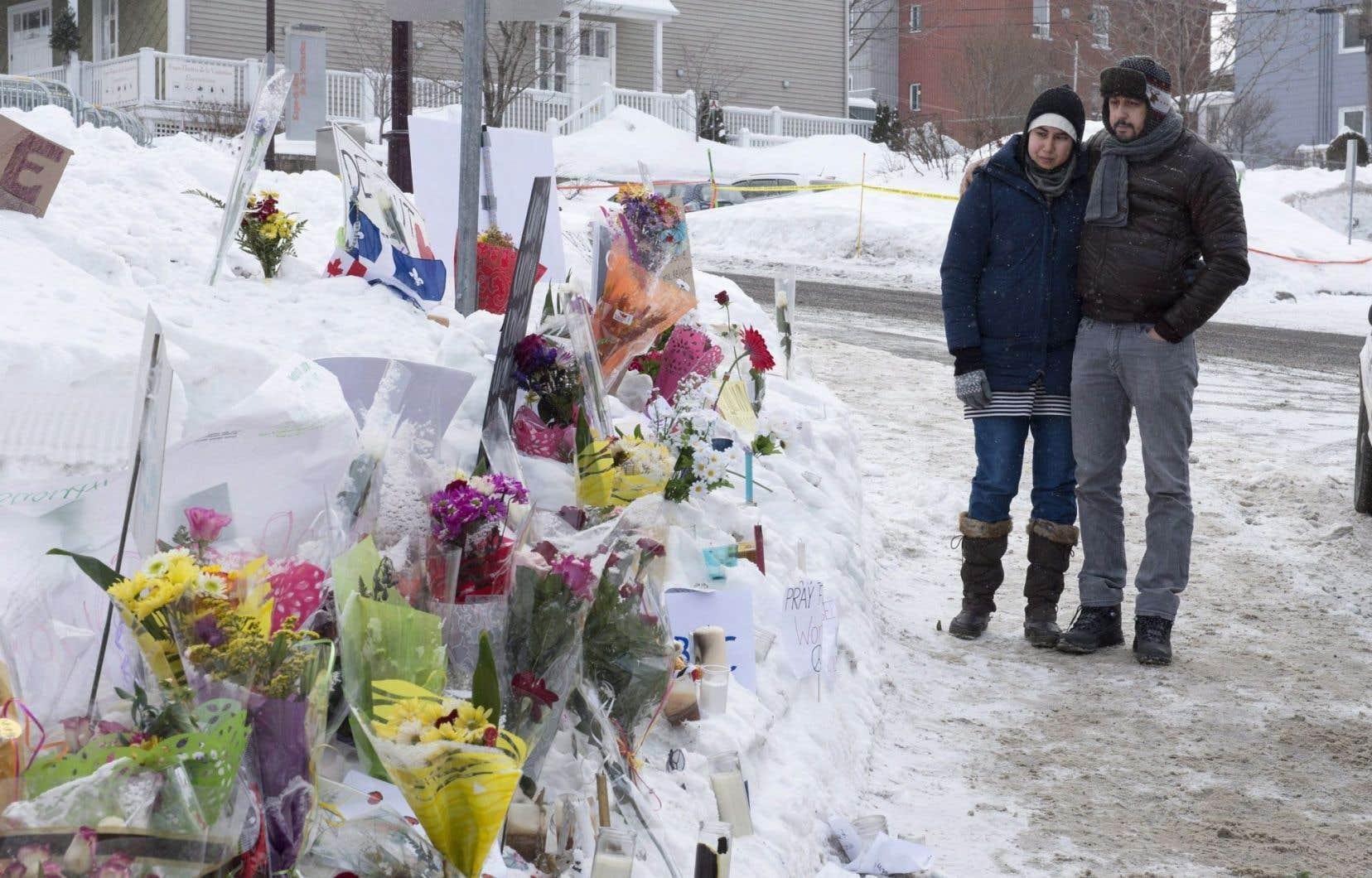 Lancée lundi soir, une campagne de financement a permis d'amasser 190000$, à la fois pour organiser les funérailles des victimes et pour venir en aide aux familles.