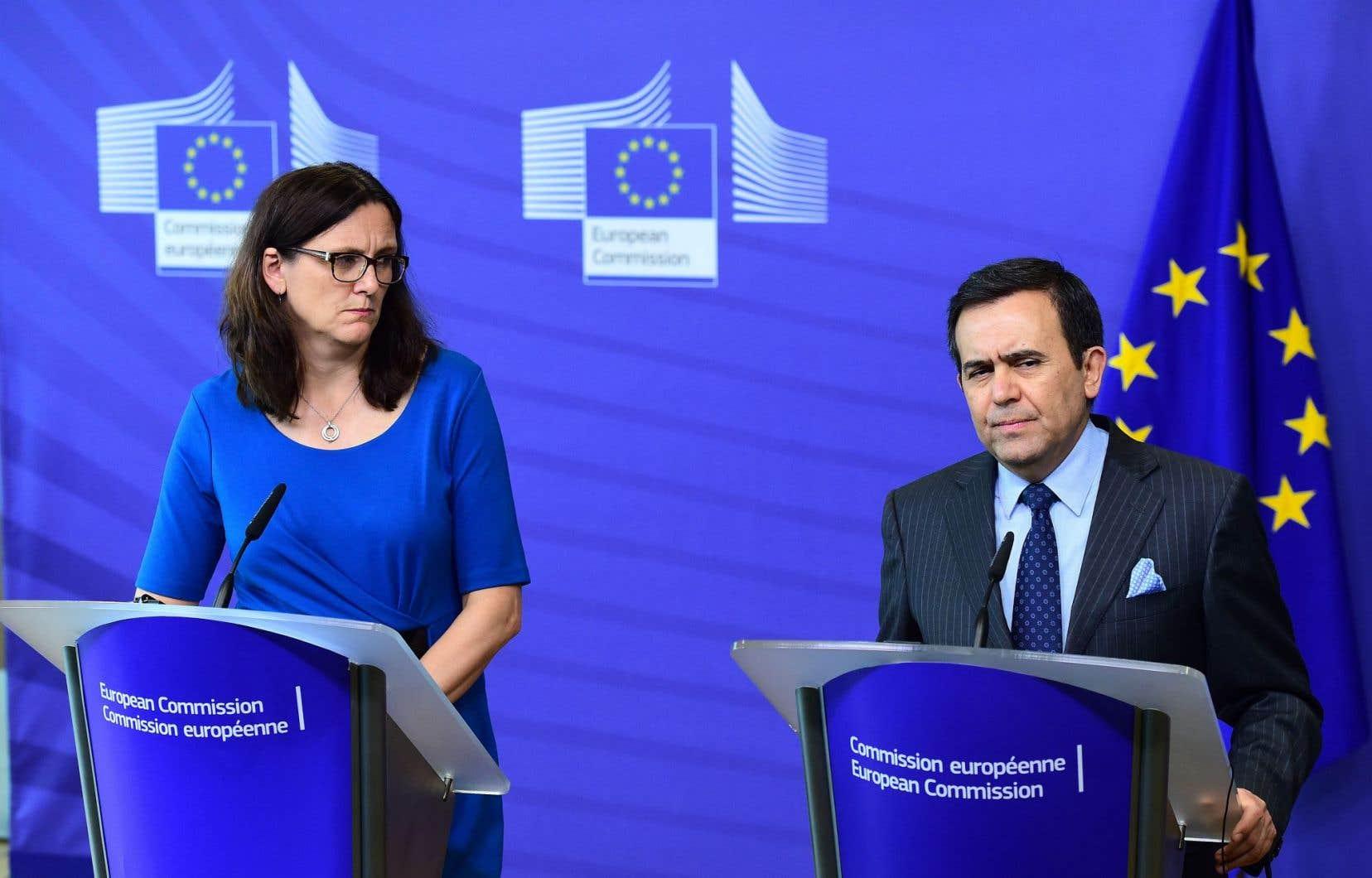 La commissaire européenne au Commerce, Cecilia Malmström, et le ministre mexicain de l'Économie, Ildefonso Guajardo