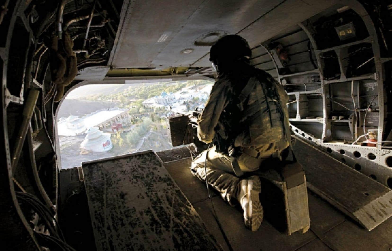 Le gouvernement Harper répète depuis des semaines qu'il n'a pas l'intention de laisser un seul soldat canadien en Afghanistan après 2011.