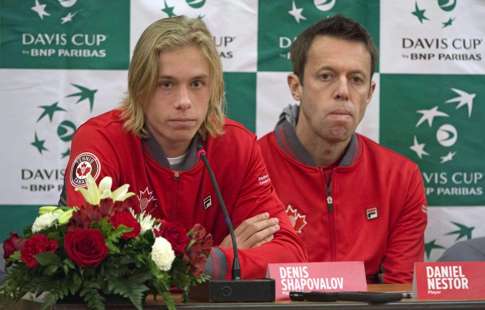 Denis Shapovalov et Daniel Nestor en conférence de presse