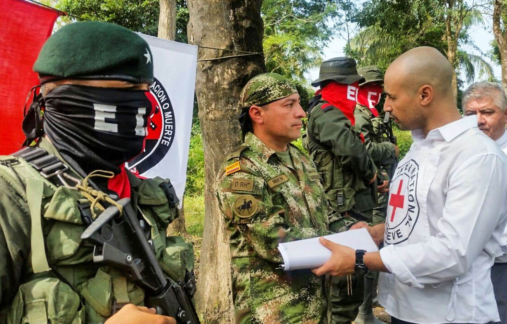 Enlevé par l'ELN, Fredy Moreno Mahecha a finalement été remis lundi à une délégation composée notamment de membres du Comité international de la Croix-Rouge (CICR) et de l'Église catholique.