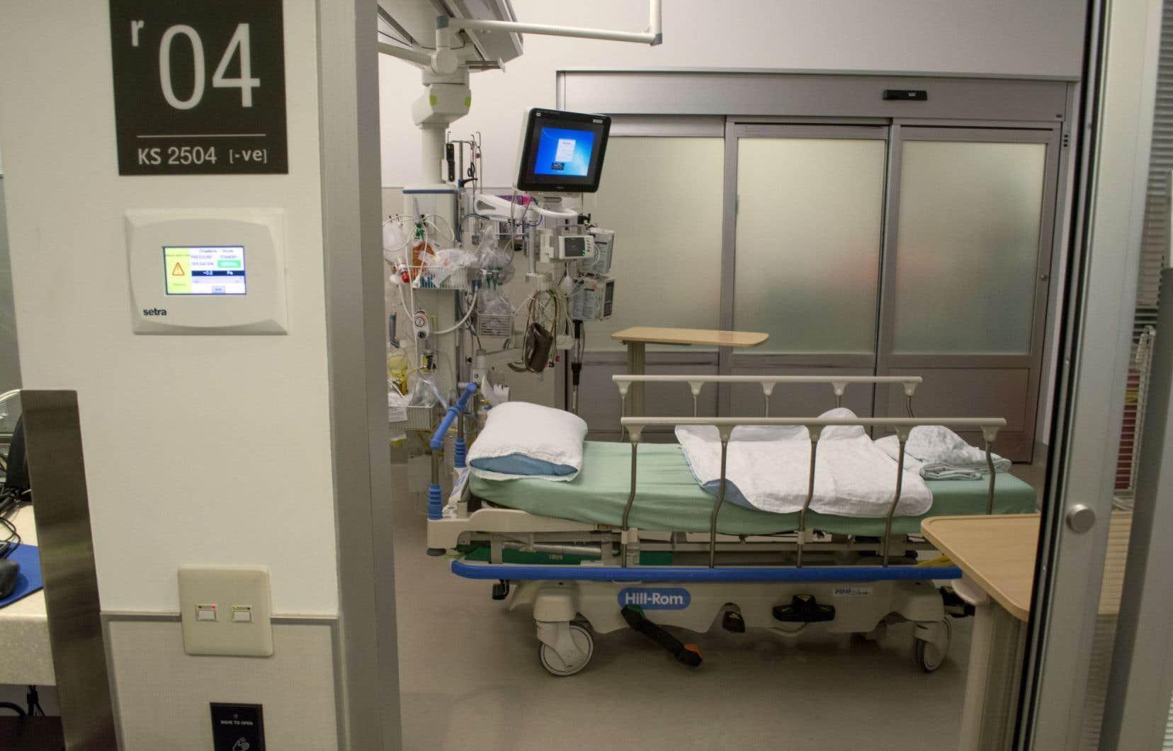 L'avocat spécialisé en santé Jean-Pierre Ménard reproche au projet de loi de permettre au commissaire de recourir à du personnel affecté à d'autres tâches dans l'hôpital.