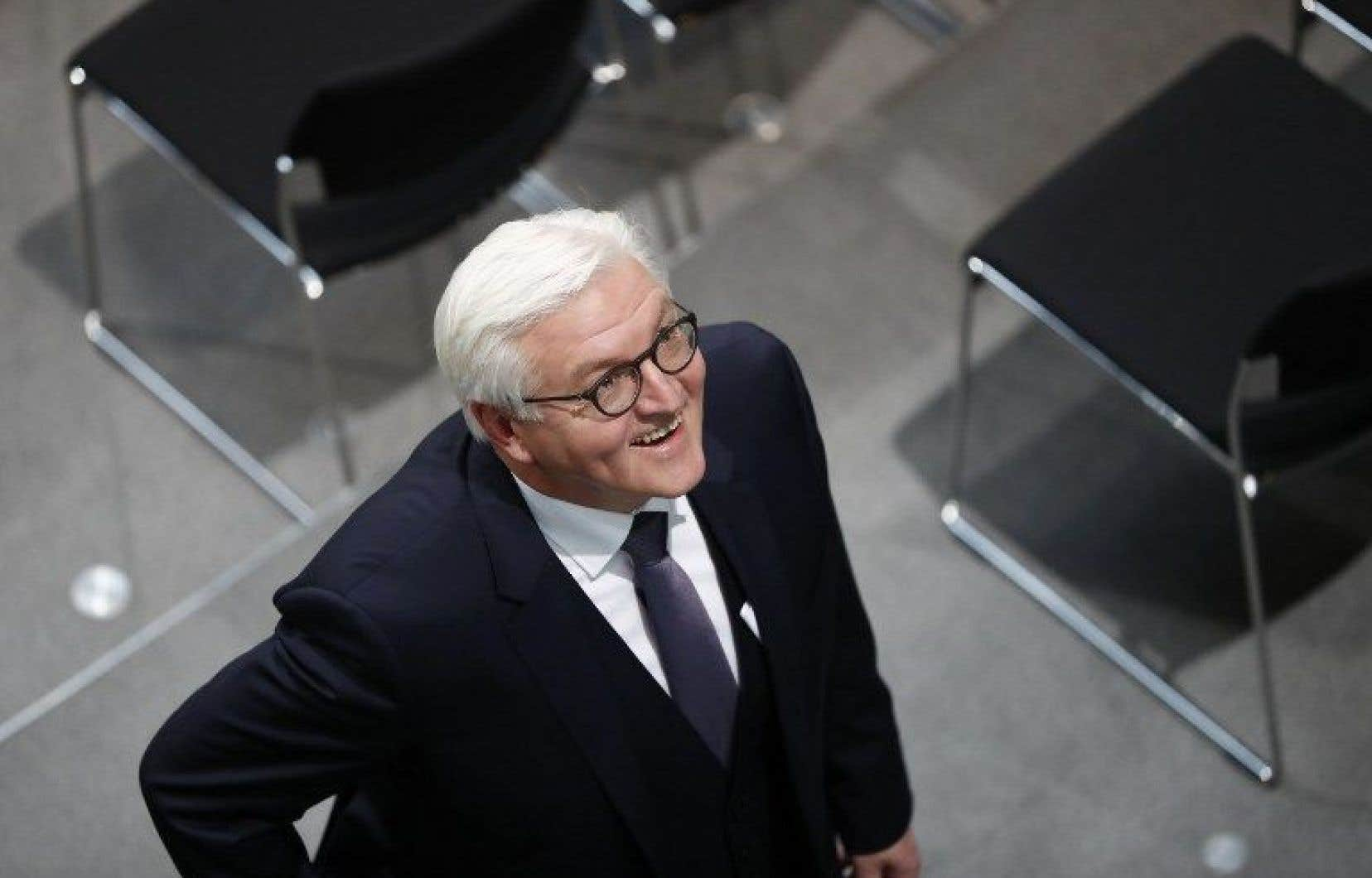 Frank-Walter Steinmeier était assuré de la victoire en raison du soutien de son parti et des démocrates-chrétiens de la chancelière Angela Merkel.