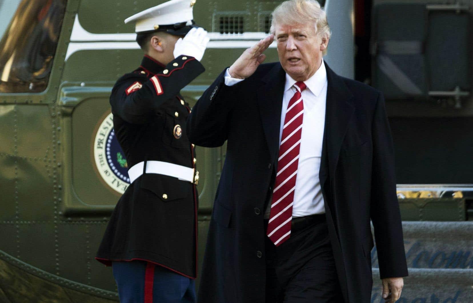 Donald Trump a proposé un plan de défense nationale ambitieux: doter les forces armées américaines de 50 000 hommes supplémentaires, de 74 nouveaux navires et de 87 nouveaux avions.